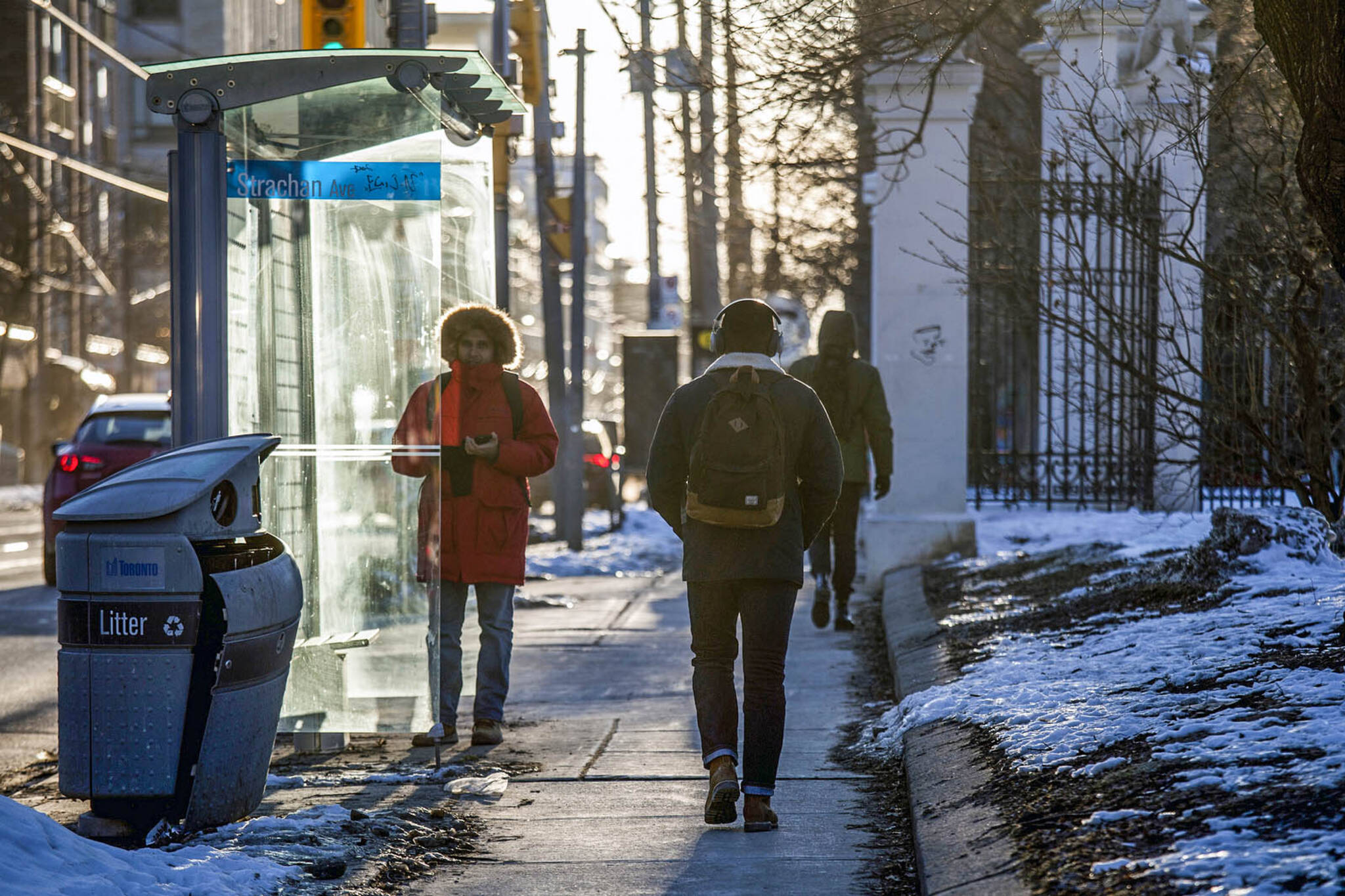 heated bus shelters toronto