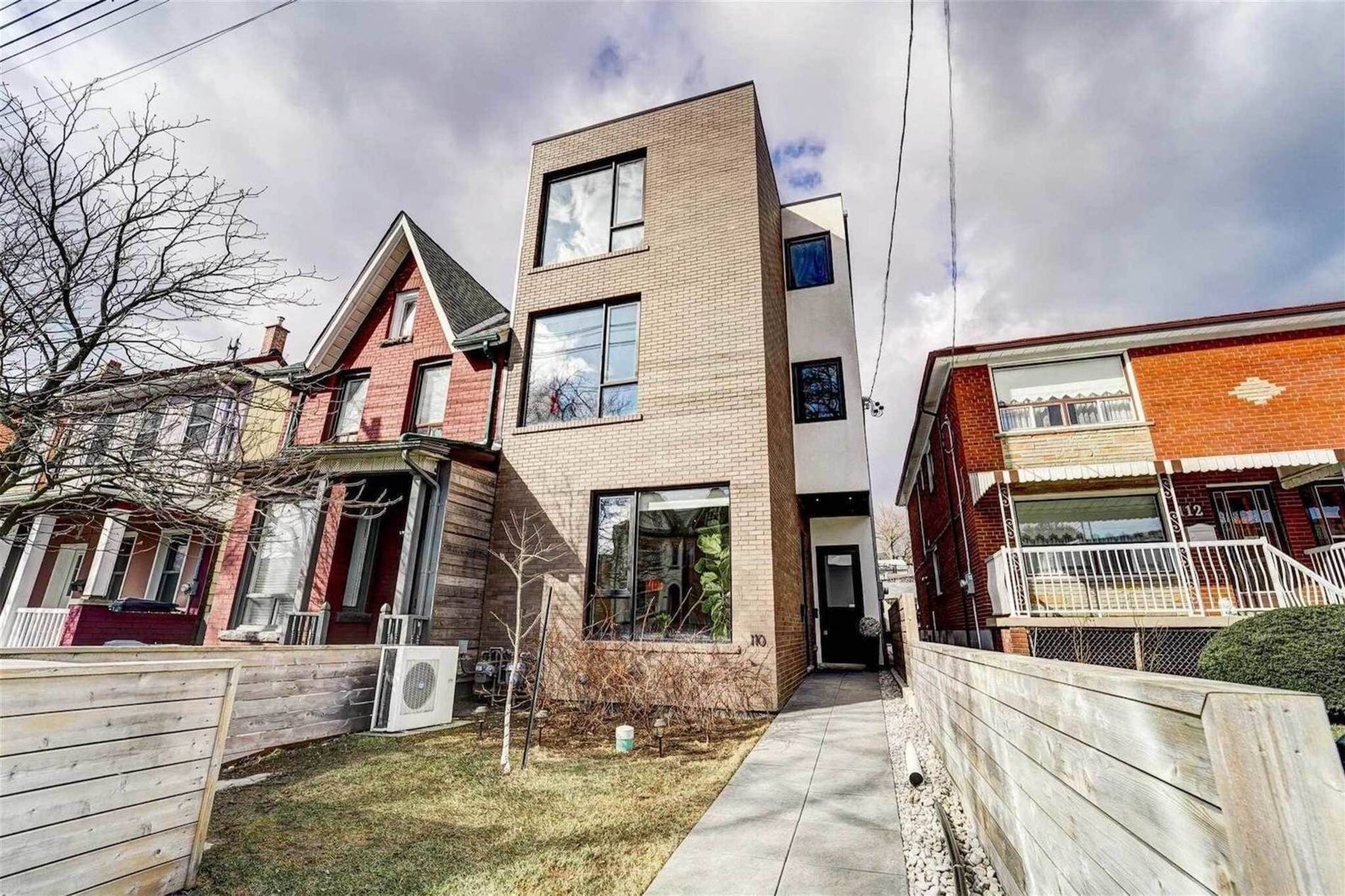 110A Palmerston Ave Toronto