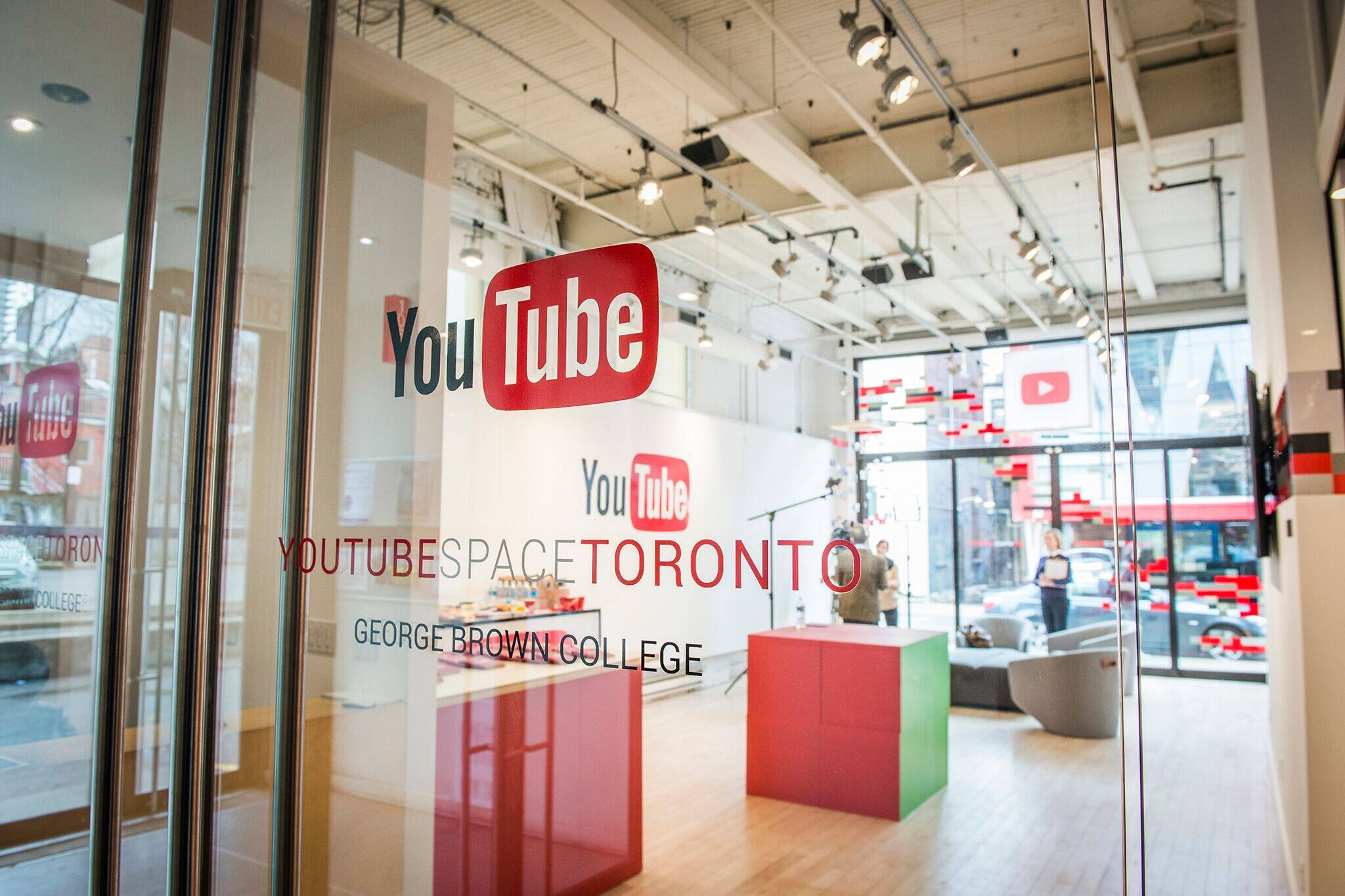 youtube toronto studio