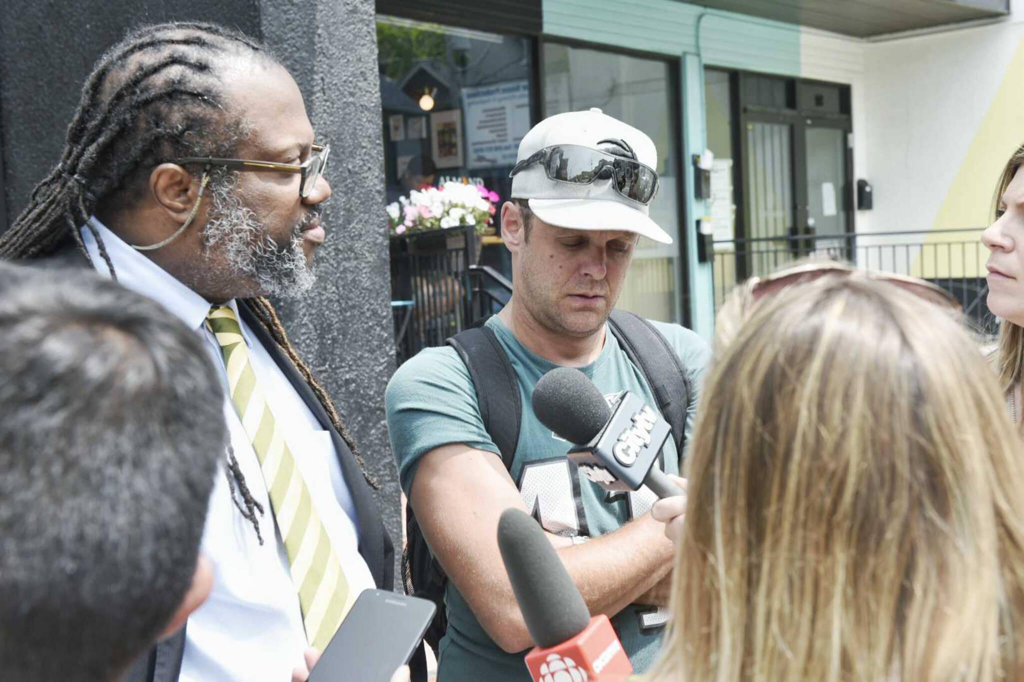 Toronto Police raid popular illegal cannabis store