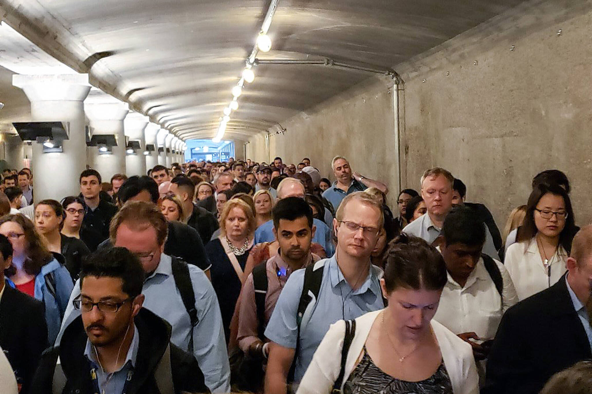 union station overcrowding