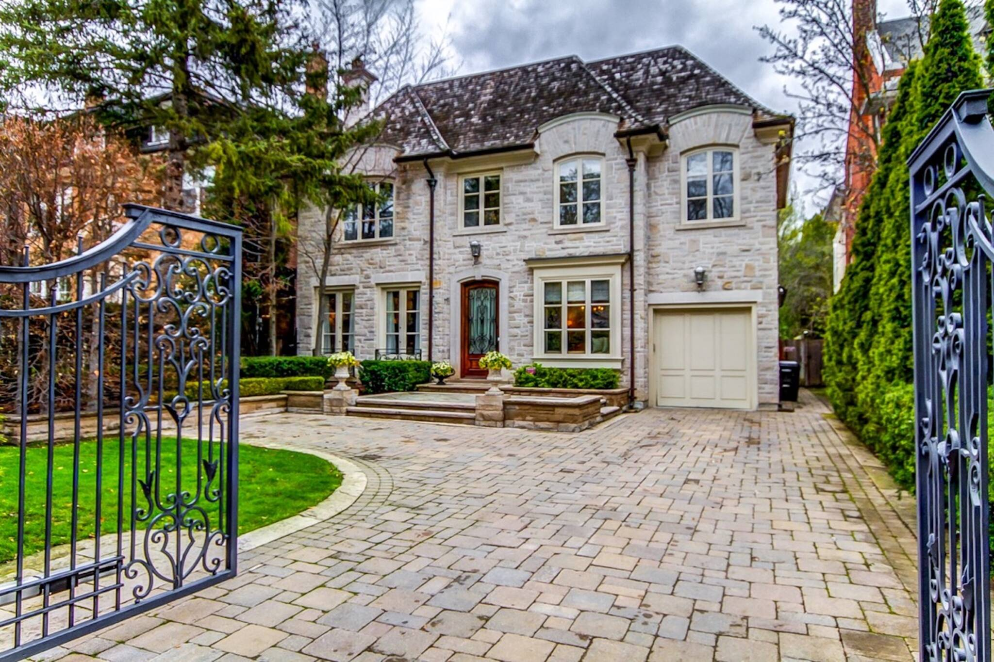 301 Russell Hill Road Toronto