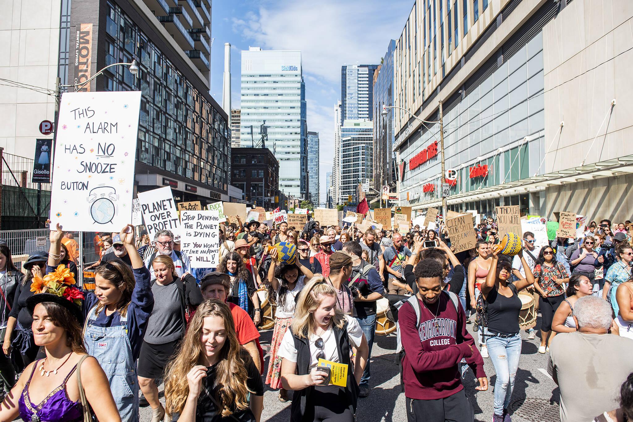 climate strike canada