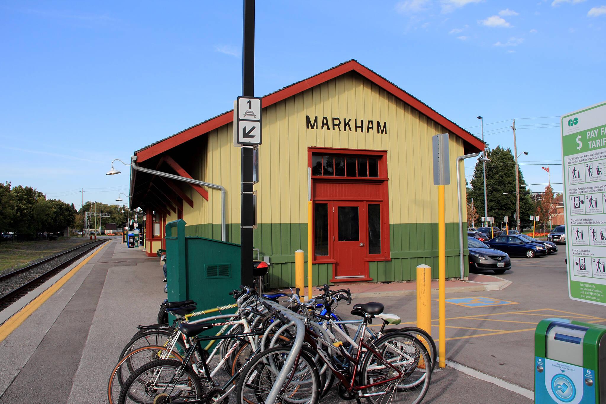 markham go station