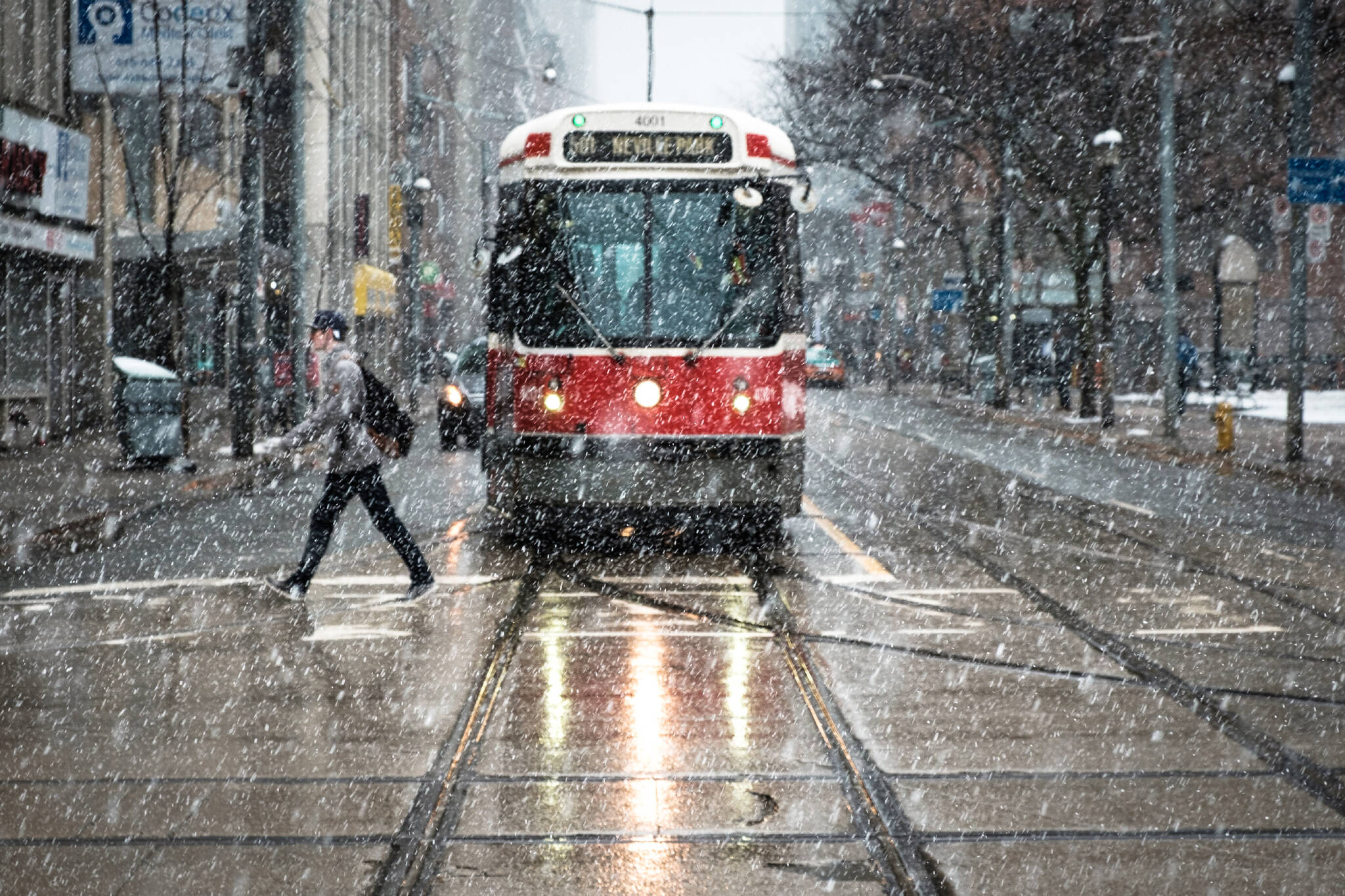extreme cold weather alert toronto