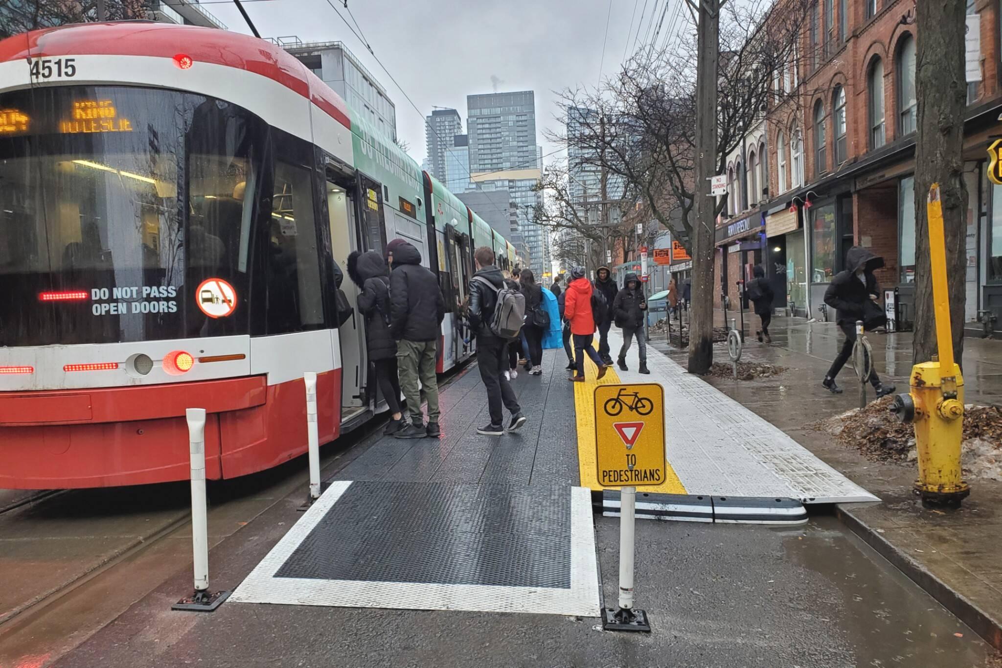 raised streetcar platform toronto