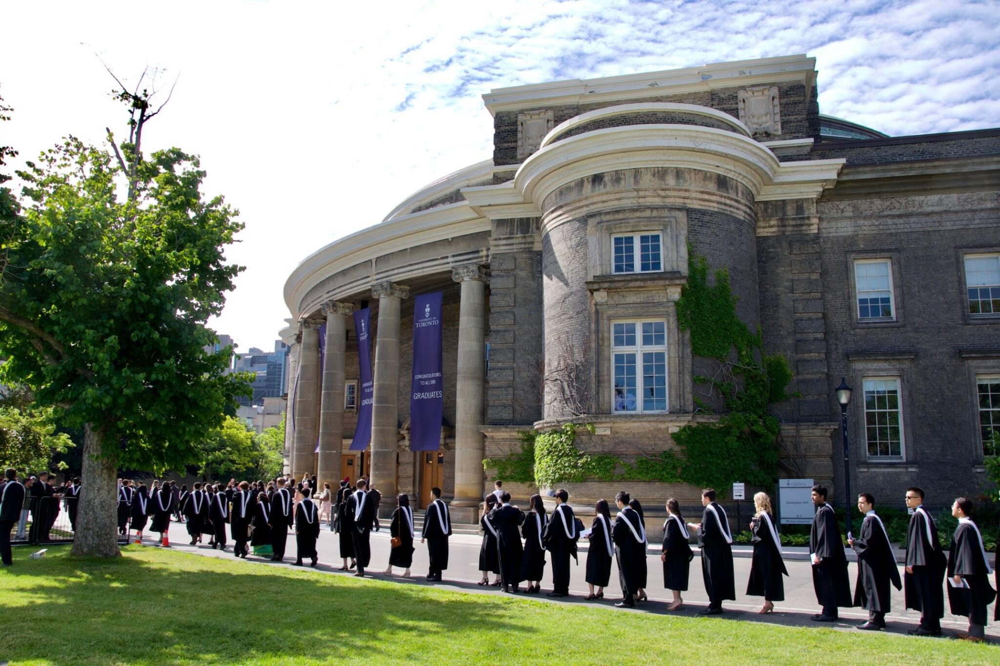 U of T ranked top university in Canada for landing a job after graduation