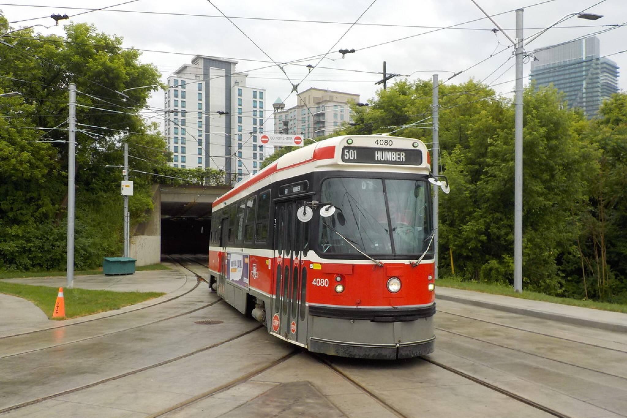 queen streetcar