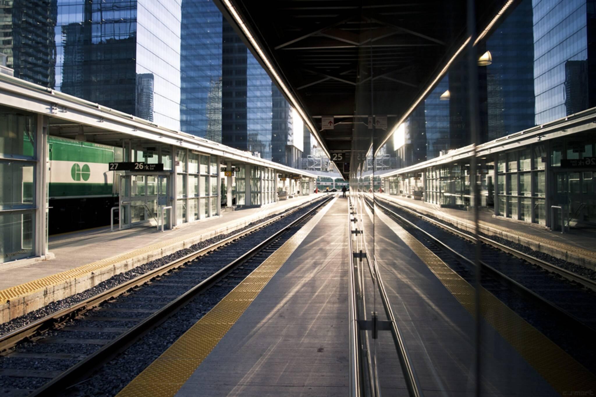 go transit up express free nye toronto