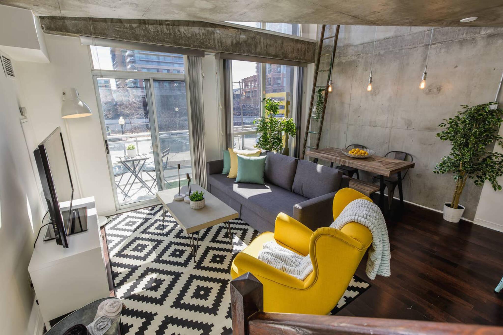 Toronto Airbnb