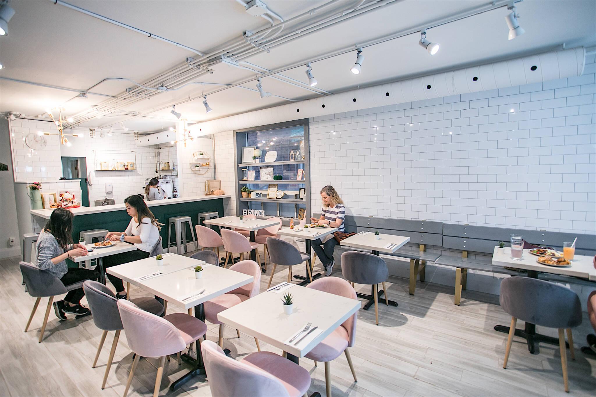 toronto restaurants reopen