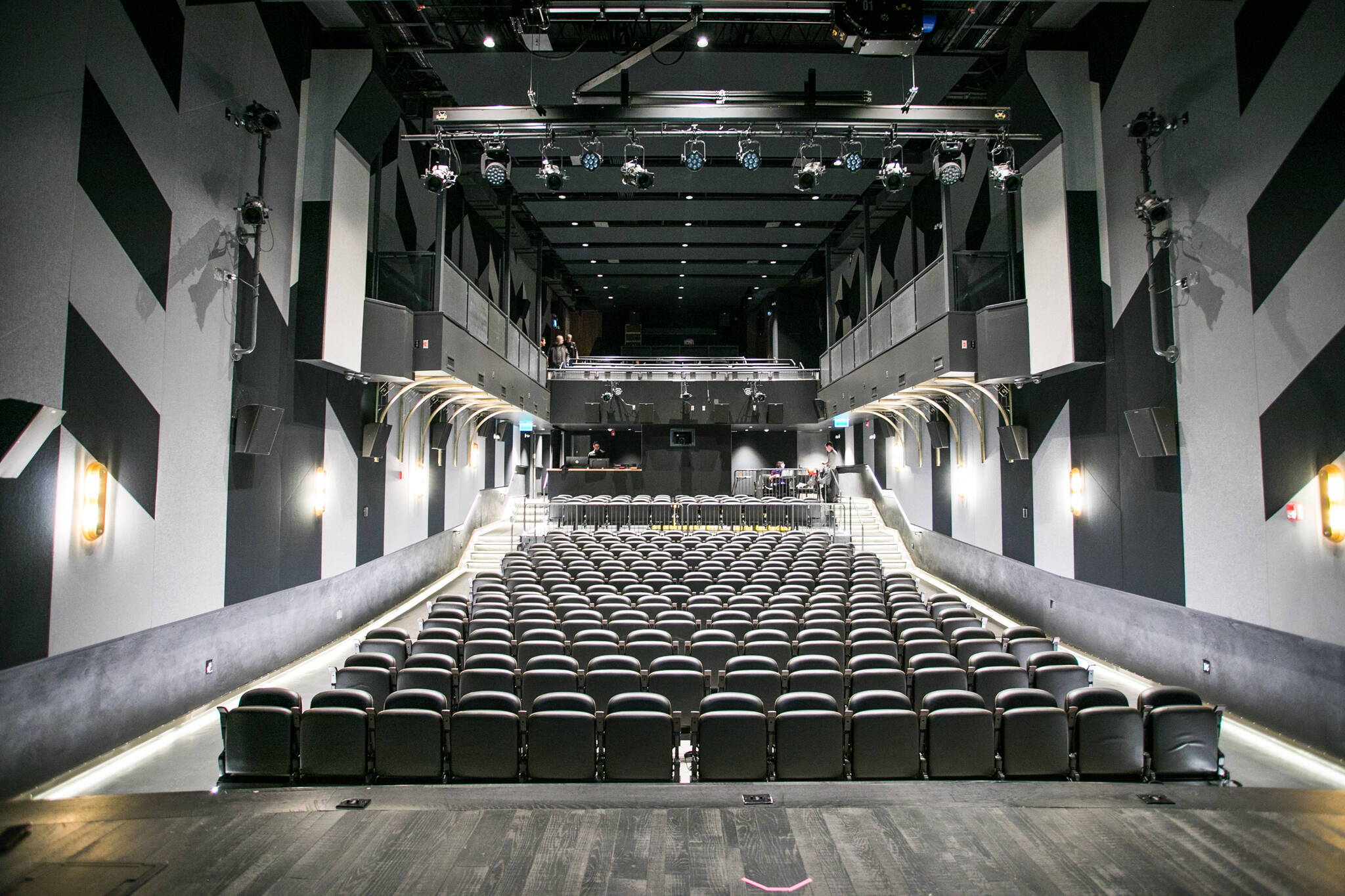 coronavirus toronto theatres