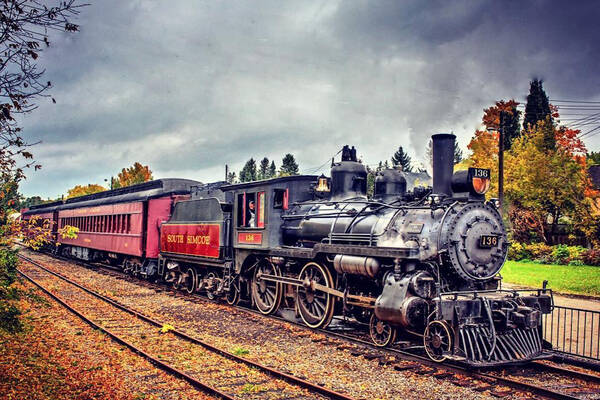 This steam train near Toronto will take you on a stunning