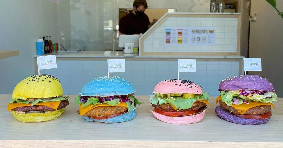 People are travelling an hour from Toronto for these rainbow burgers