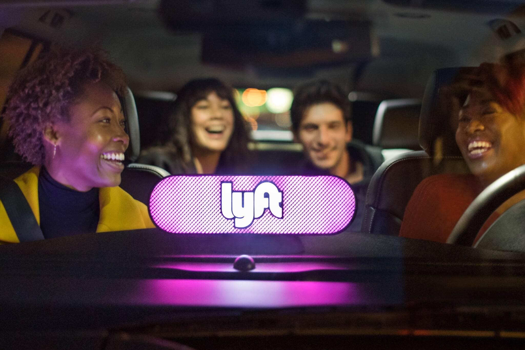 lyft uber regulations toronto