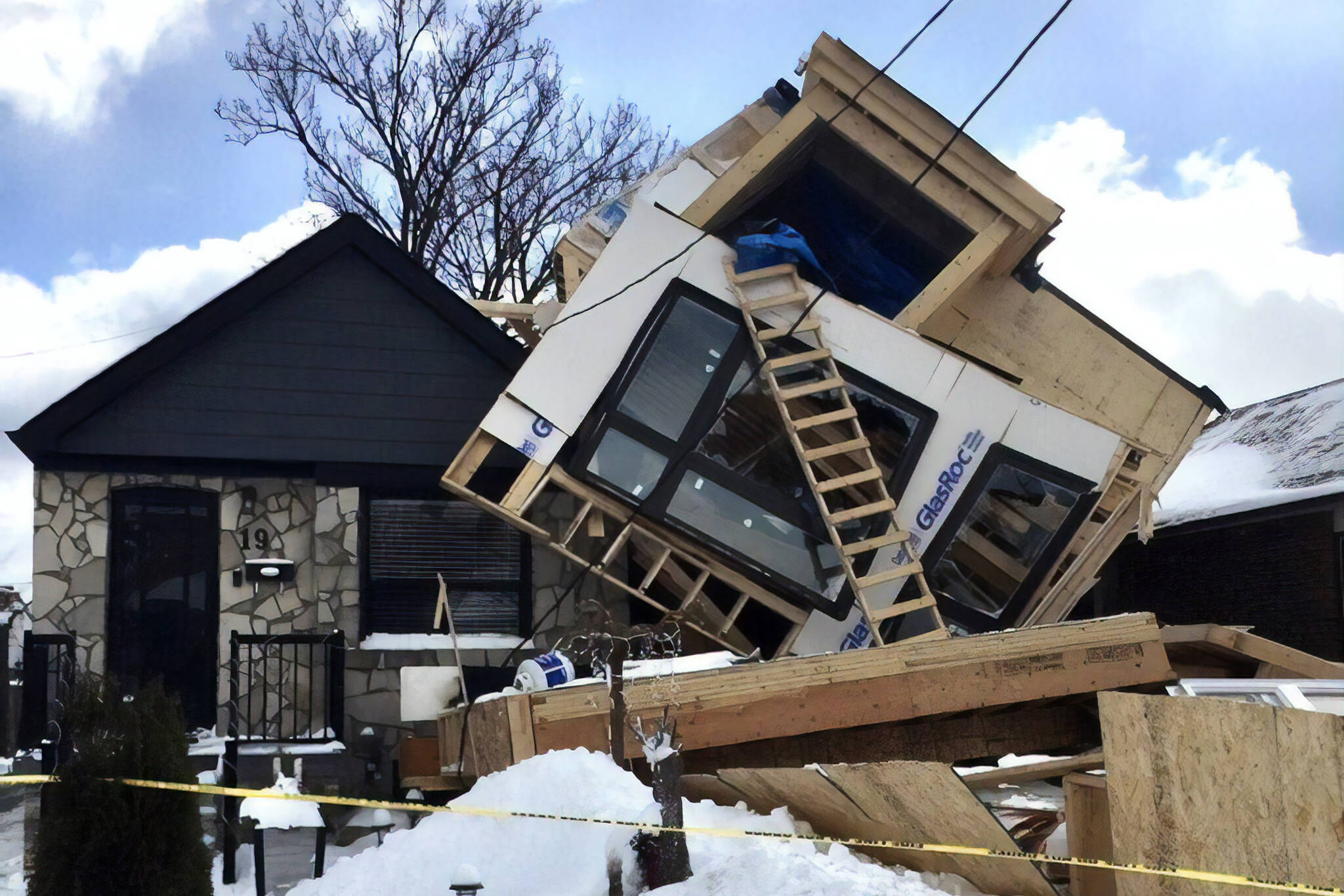 toronto house collapse