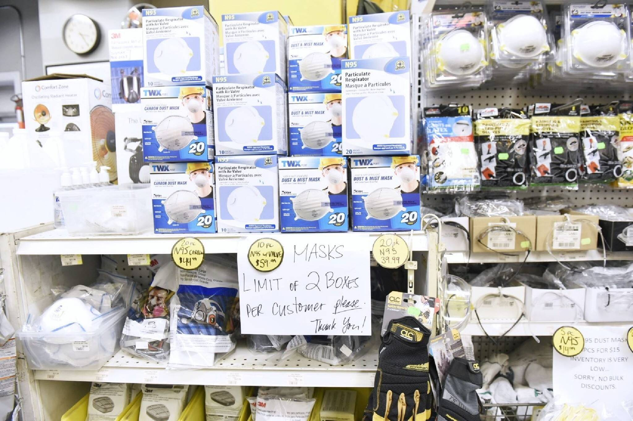 Masks N95 Just Store In For Hundreds Of Boxes Toronto Stock Got