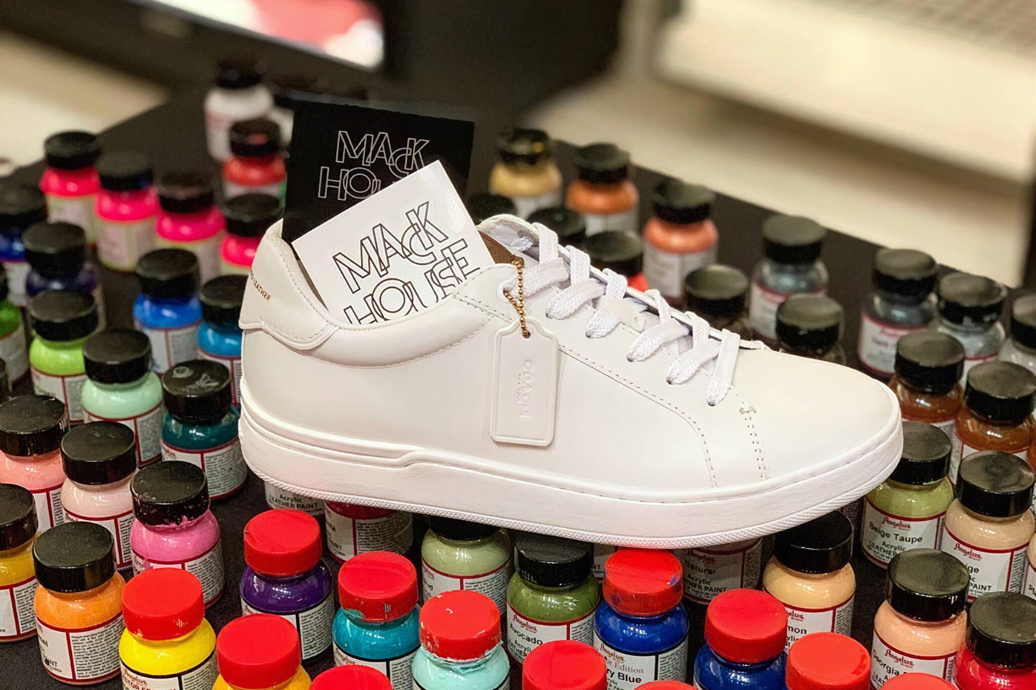 sneaker customization toronto