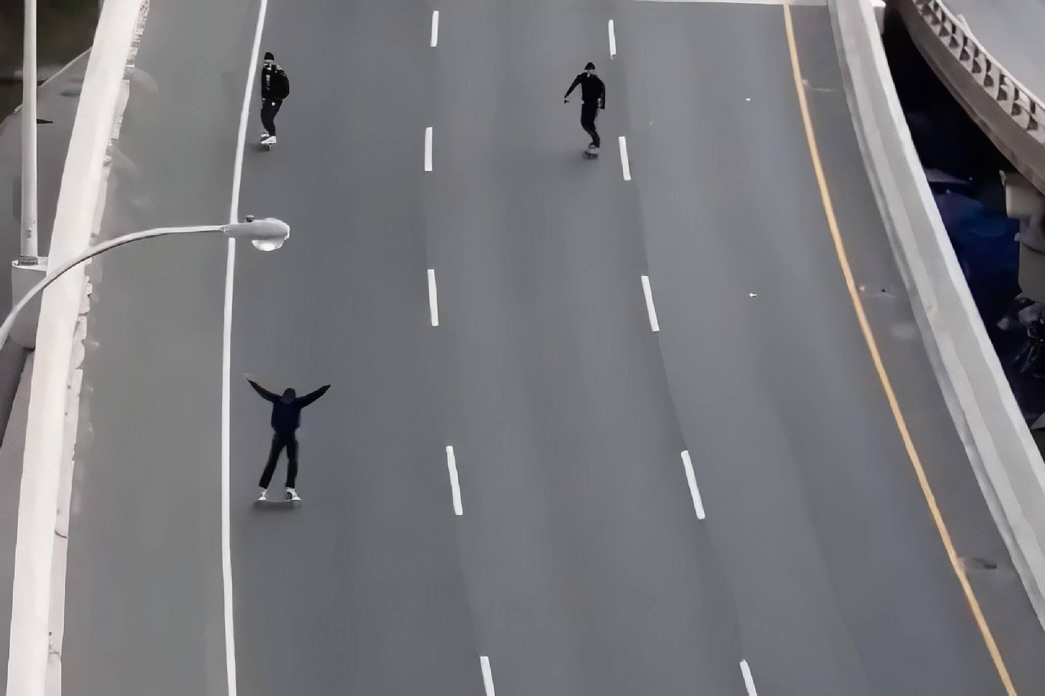 skateboarding on the gardiner