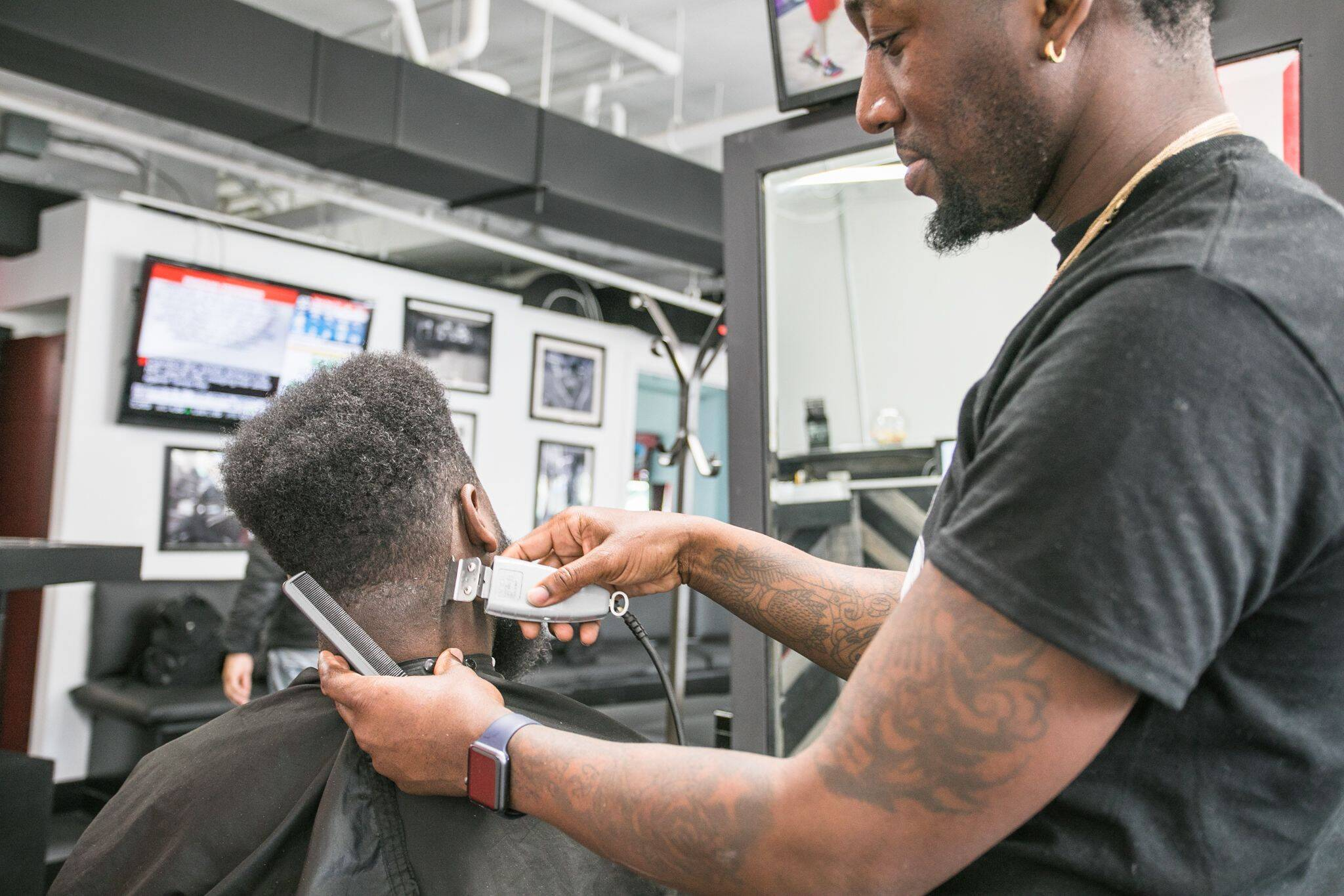 barber shops open ontario