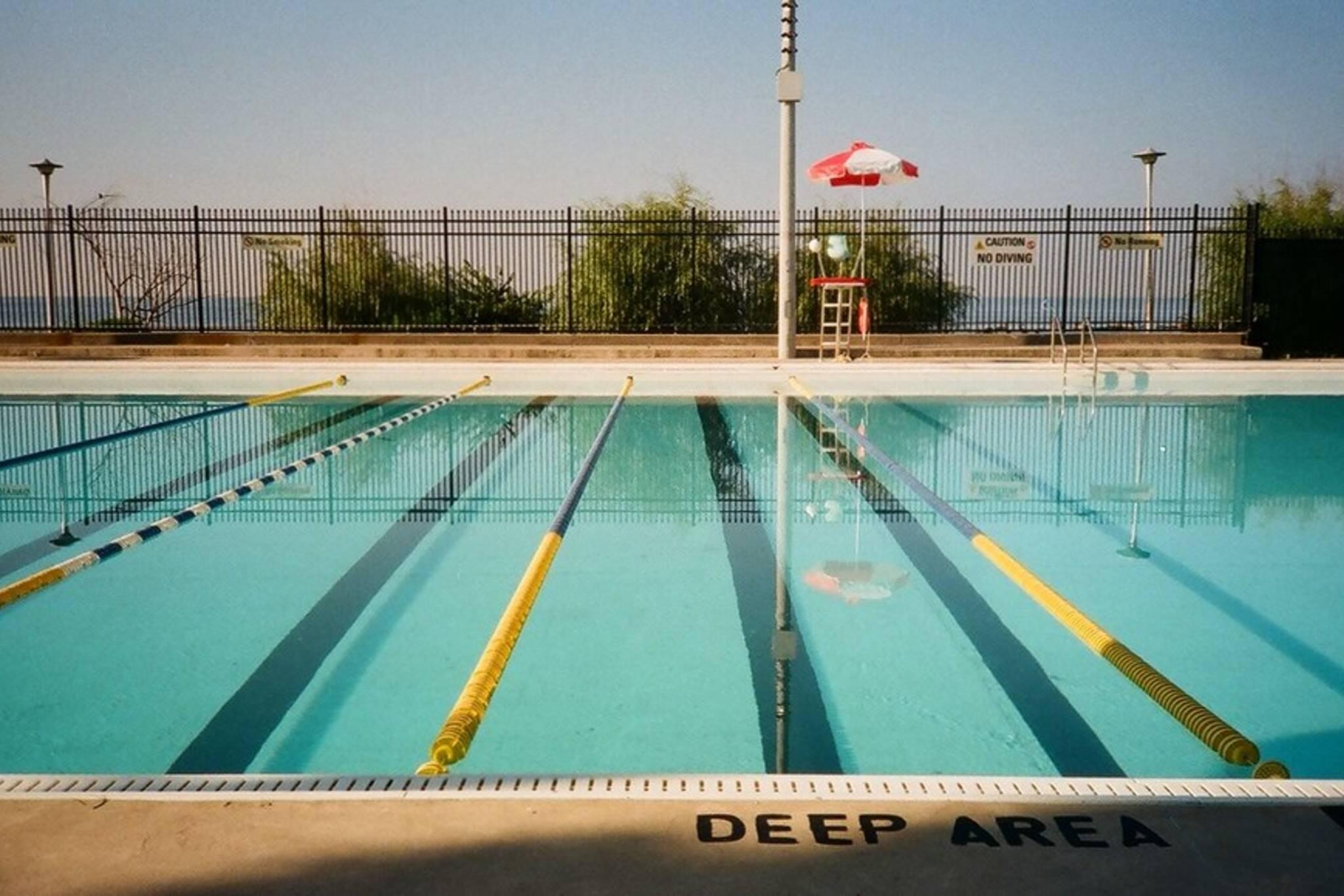 toronto pools open