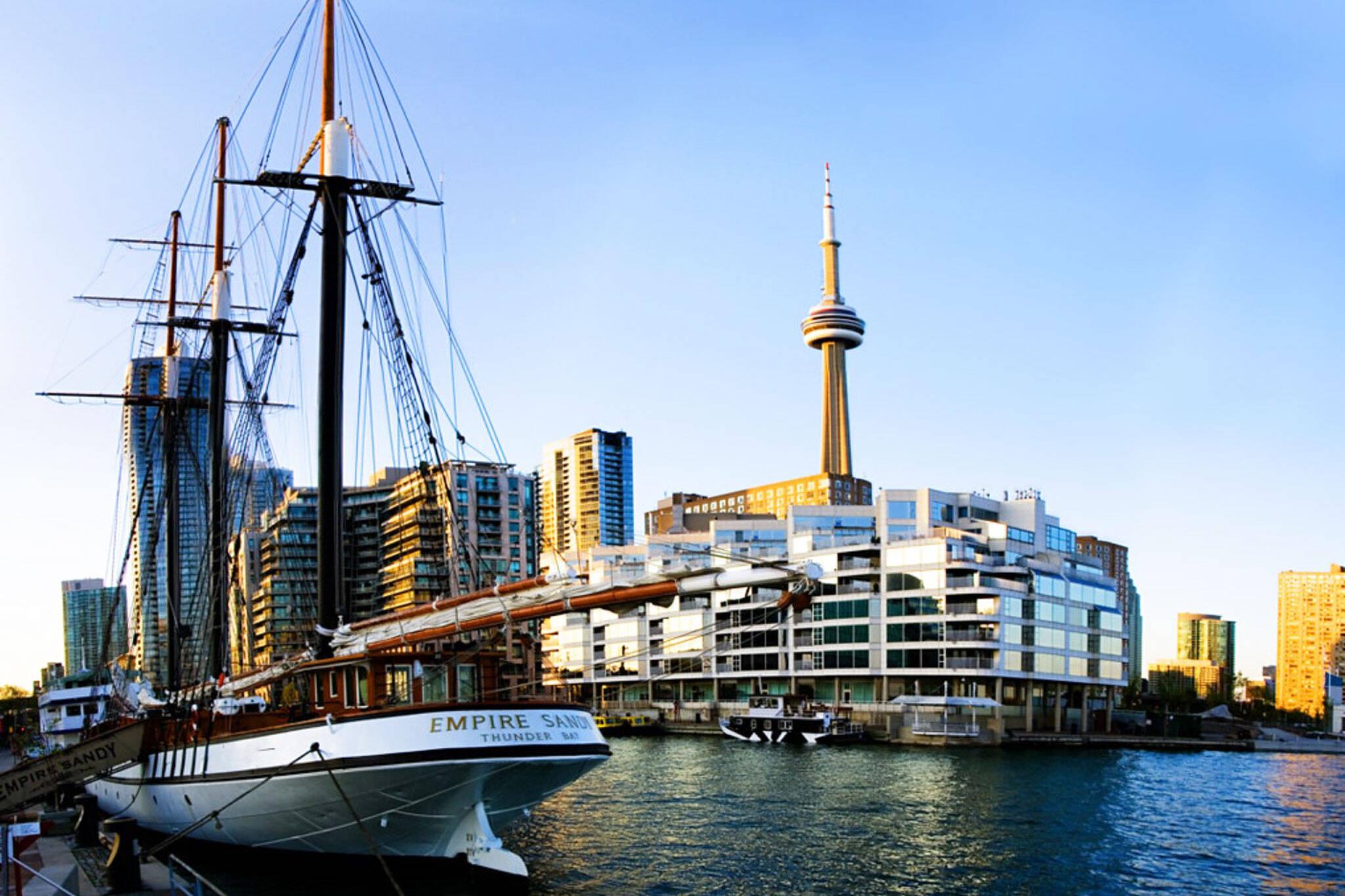 boat cruise toronto