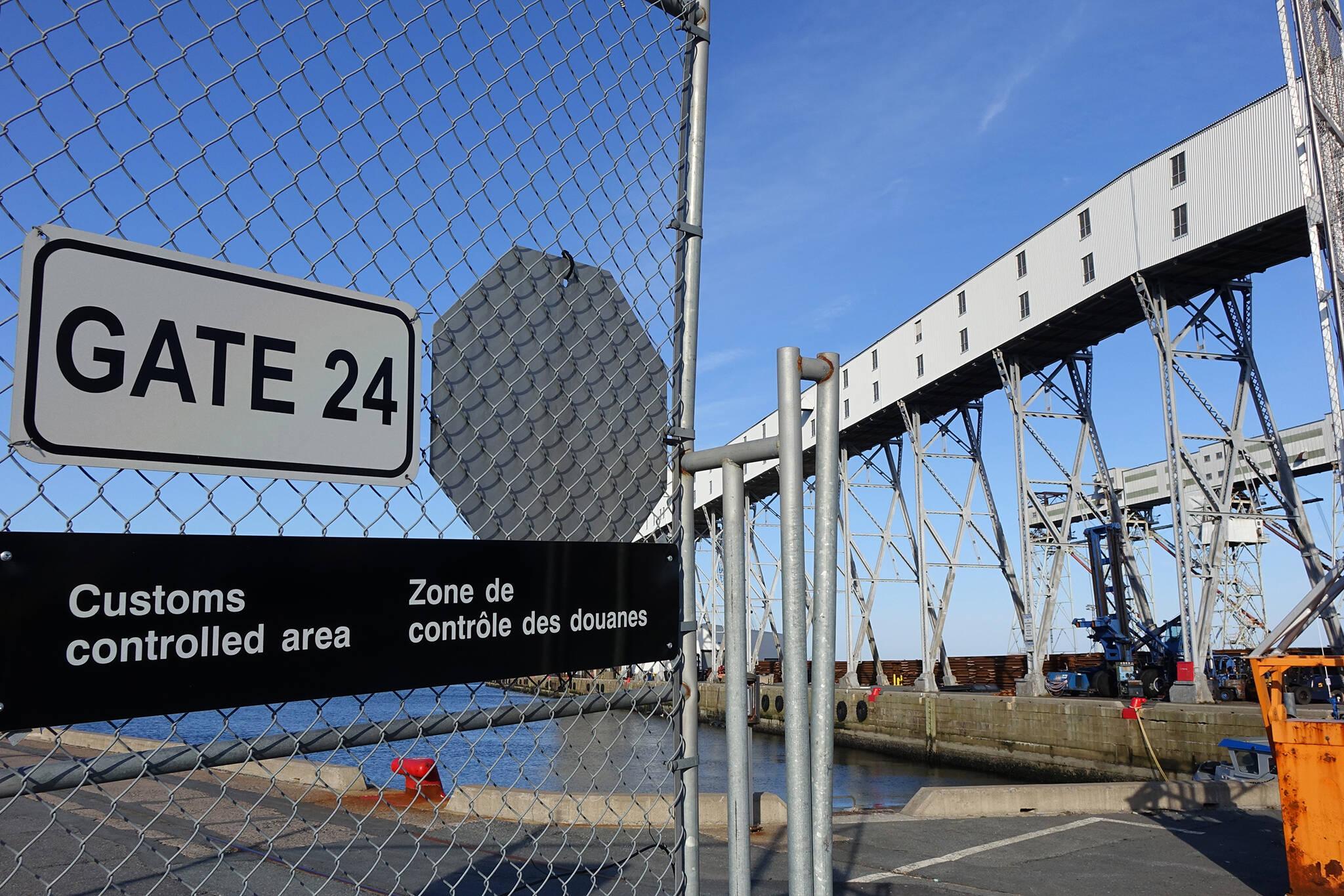 border closure extension