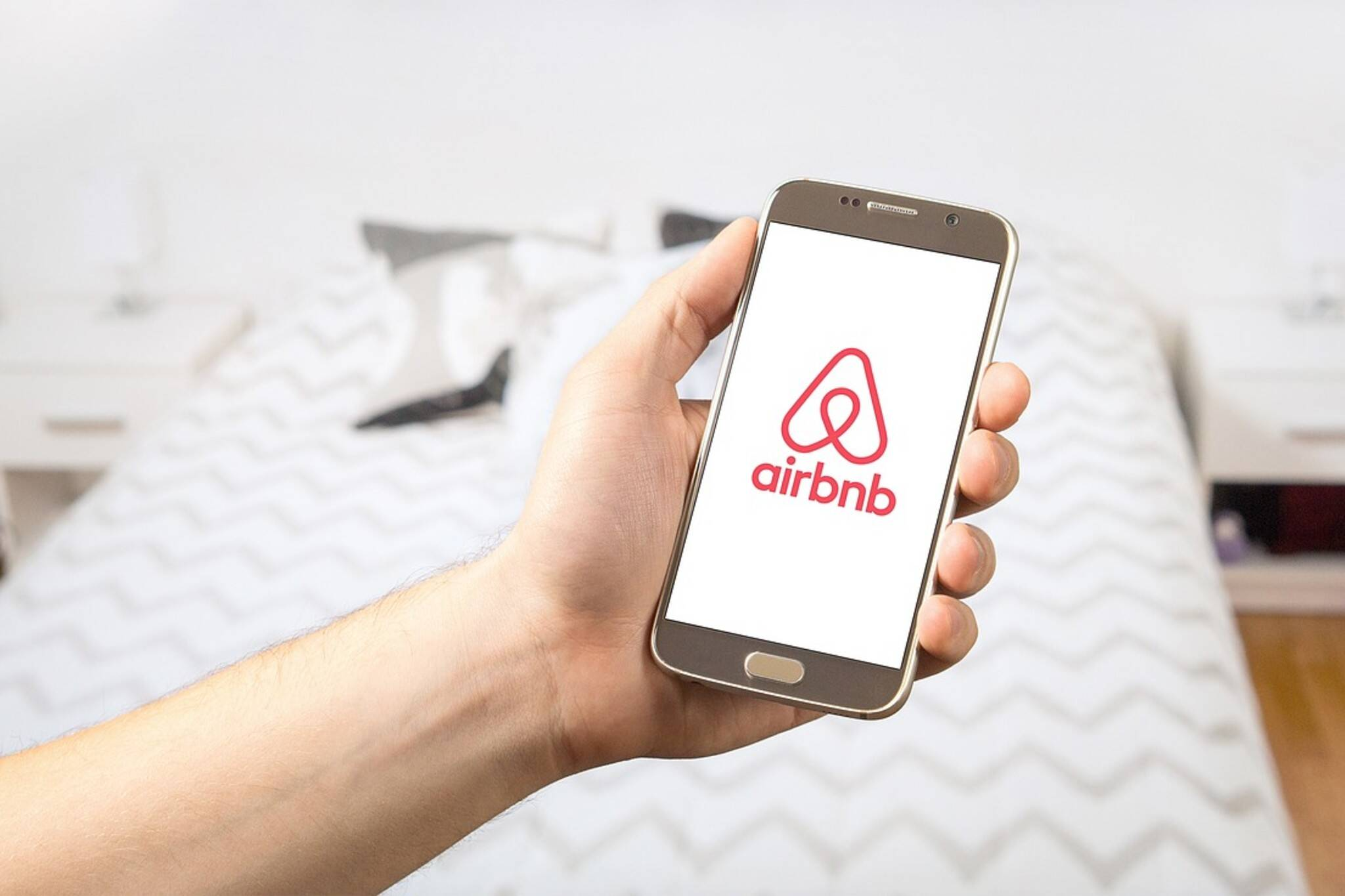 airbnb ontario