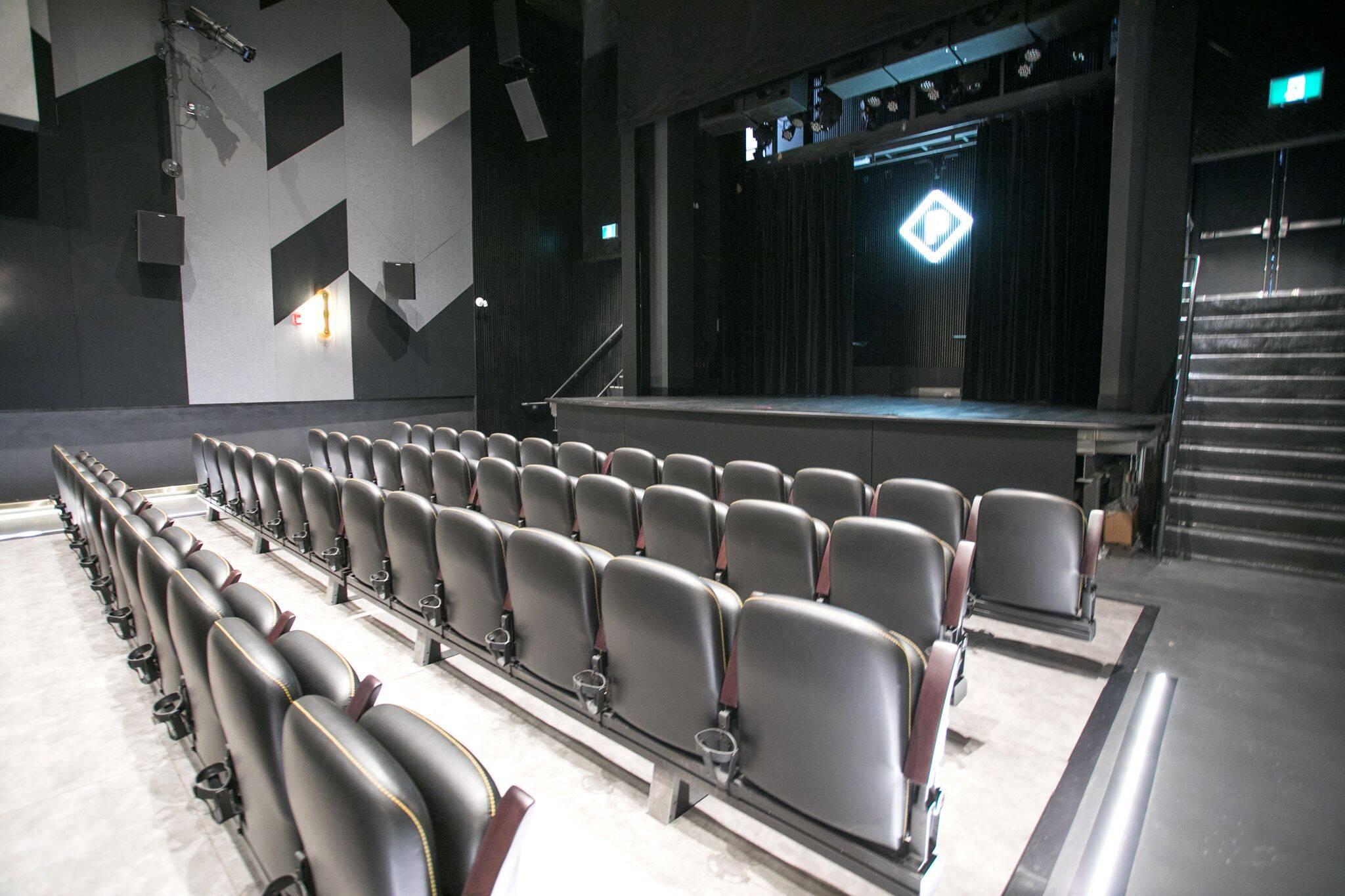 are movie theatres open in toronto