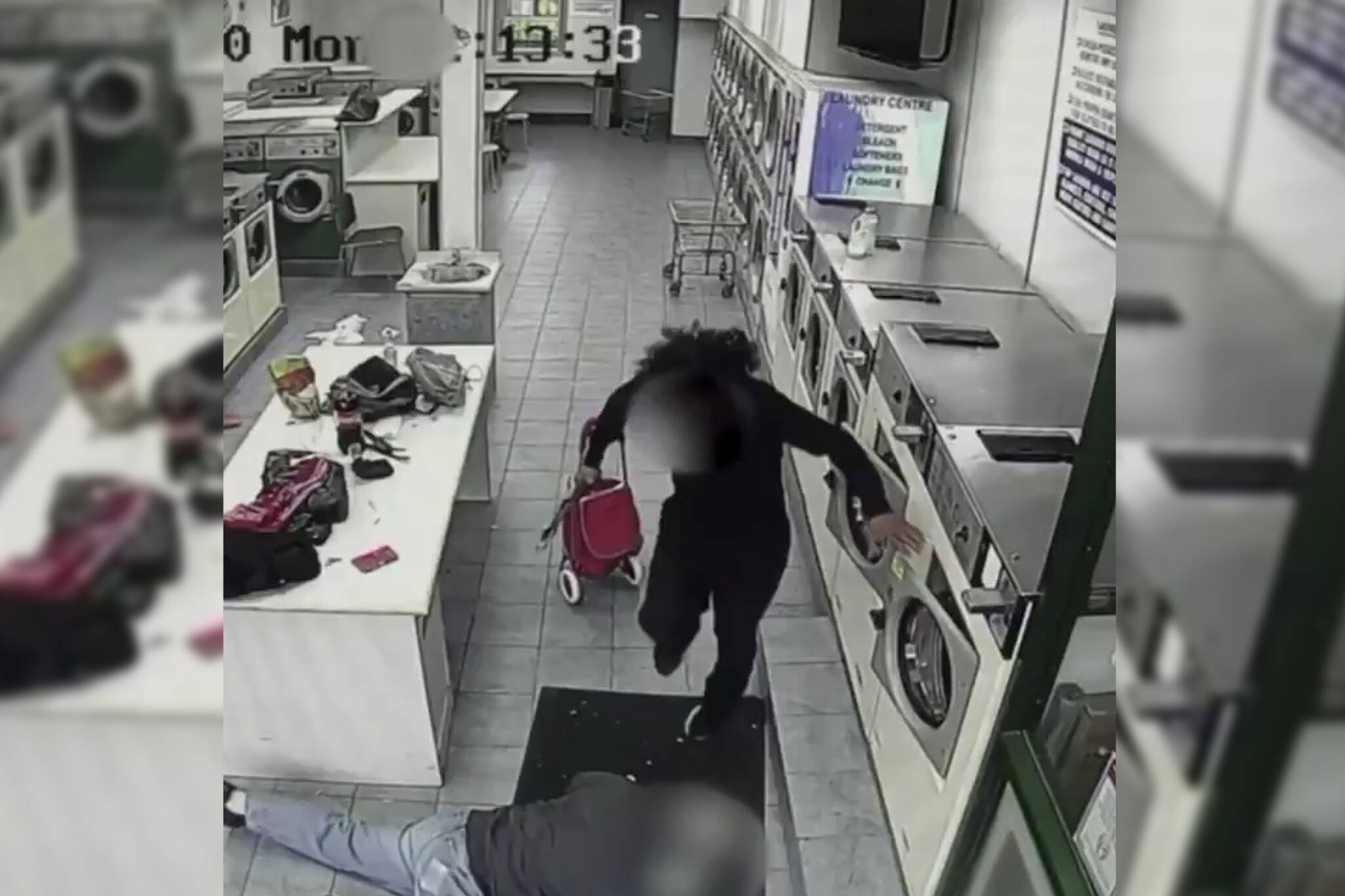toronto laundromat fight