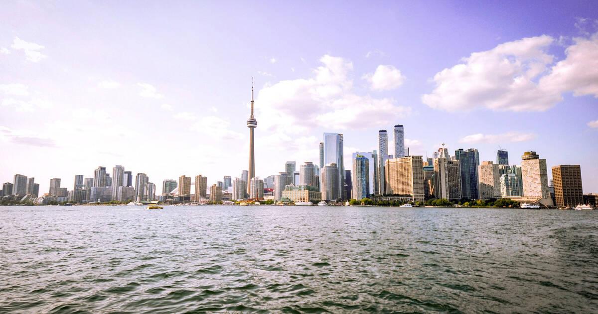 Condo rentals skyrocket in Toronto as landlords abandon Airbnb