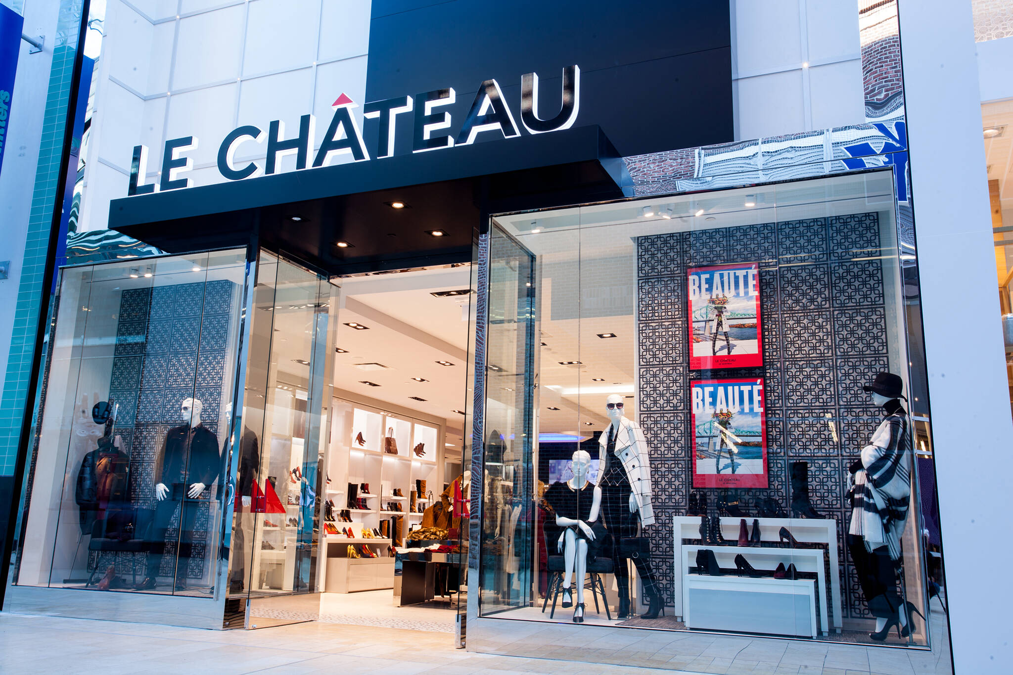le chateau closing