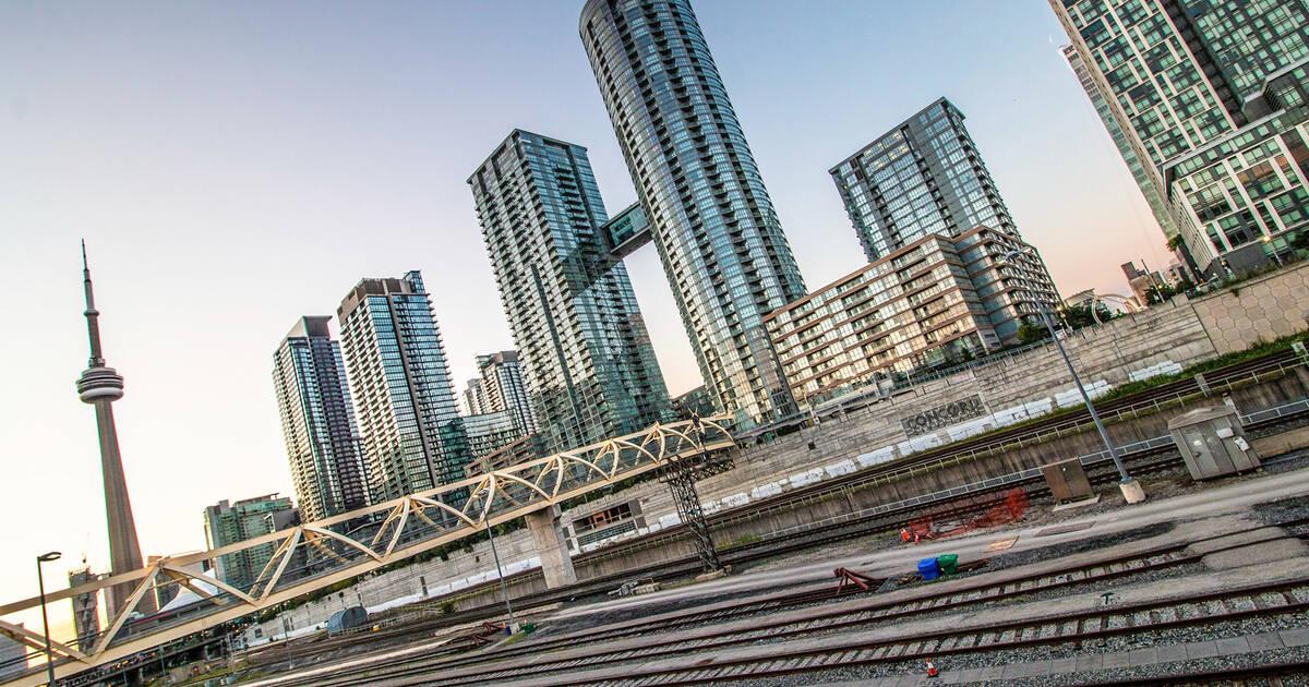 Canada Real Estate  - cover