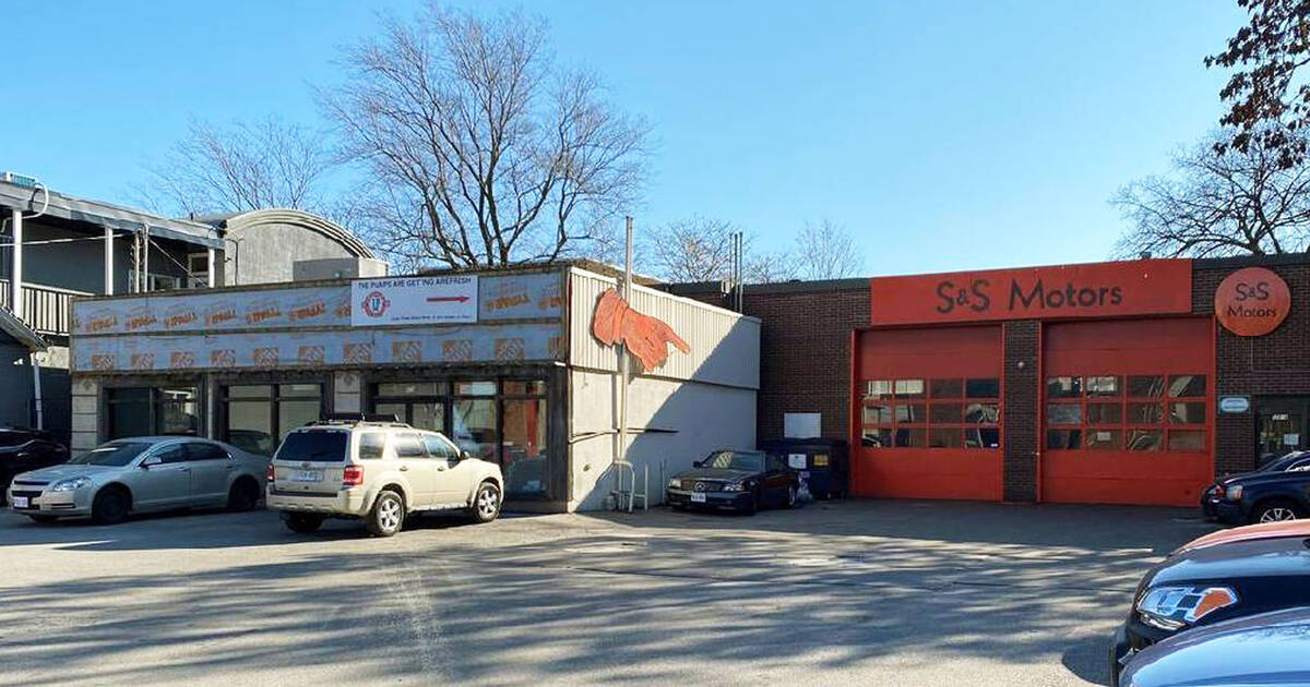 Gas station that used to be Leslieville Pumps is on the market for $10.5 million