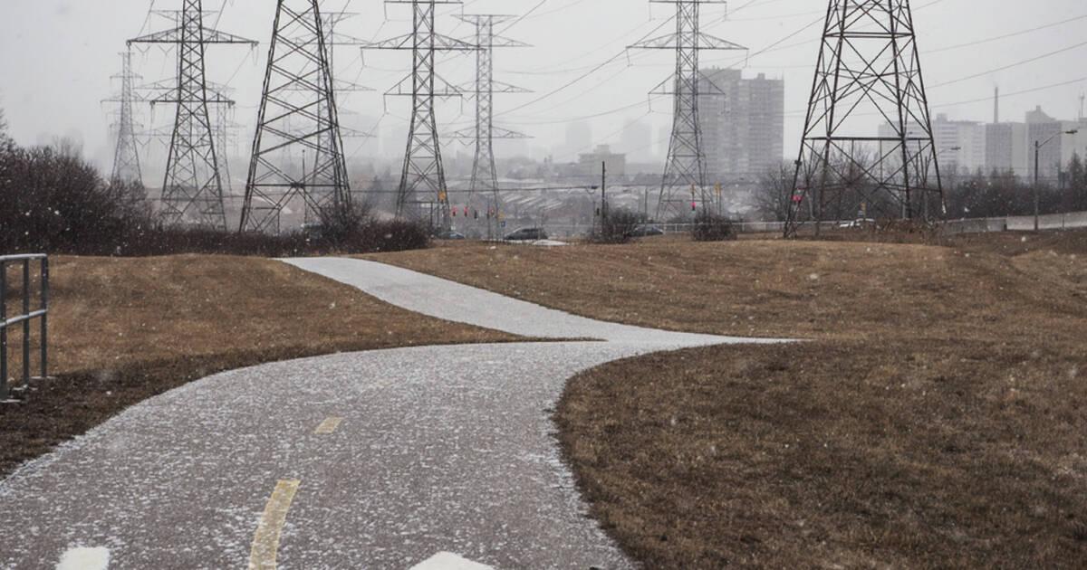 封鎖を説明するために、オンタリオ州全体で水力発電の請求書が安くなりそうです