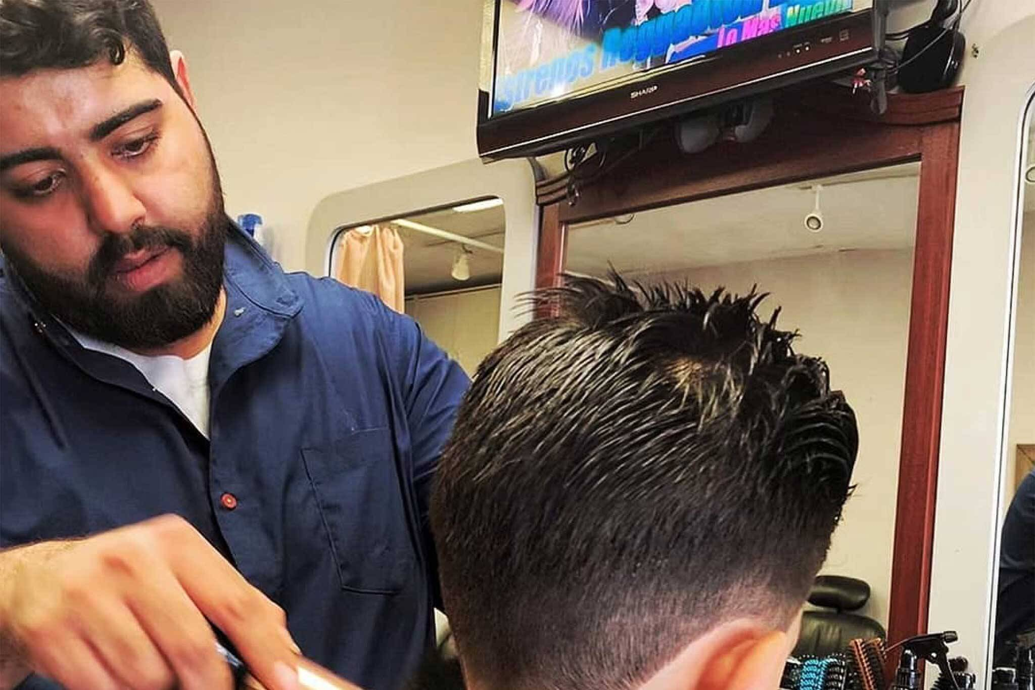 New Toronto barber shop marks a fresh beginning for Syrian refugee