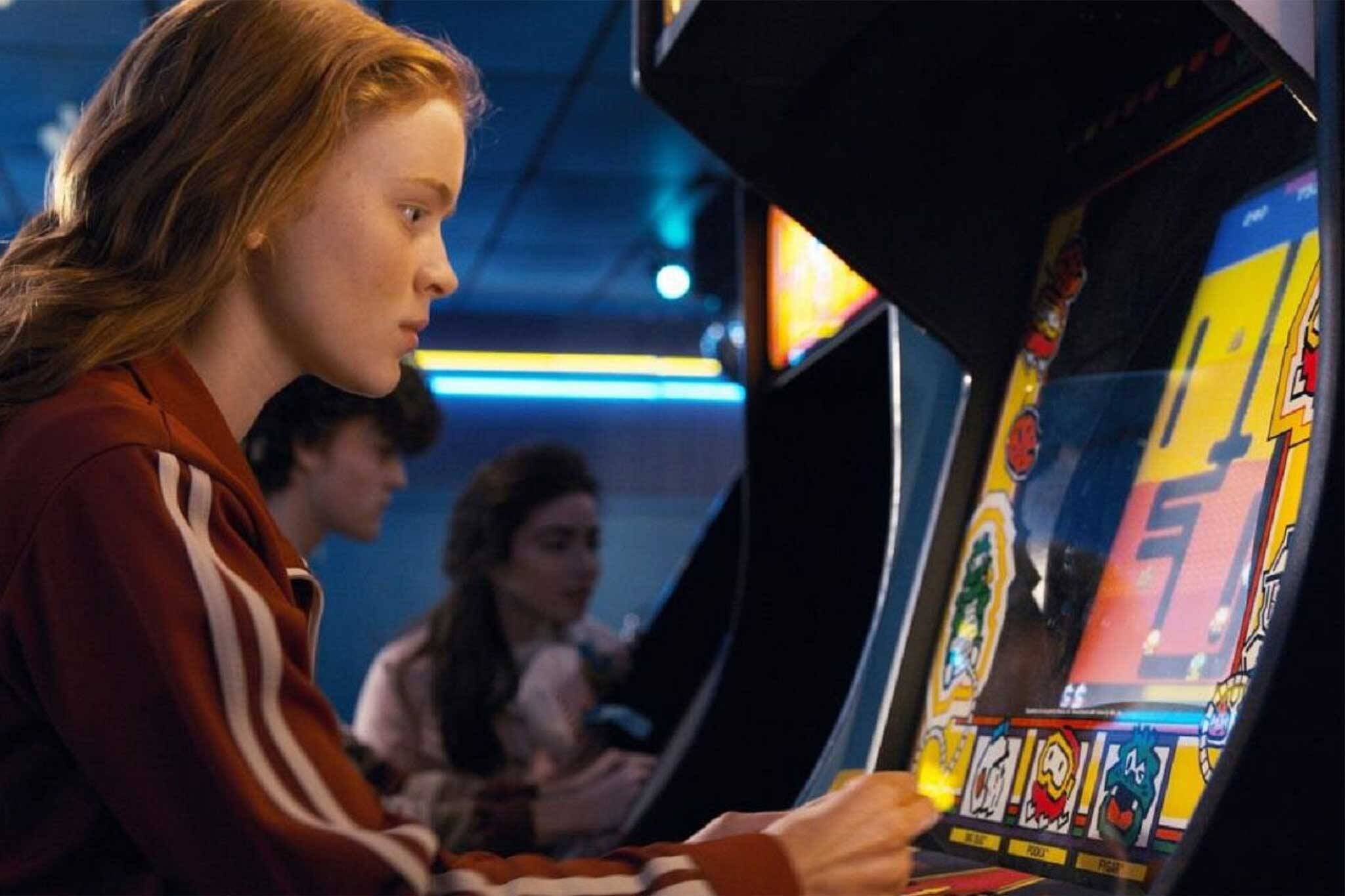 arcade stranger things