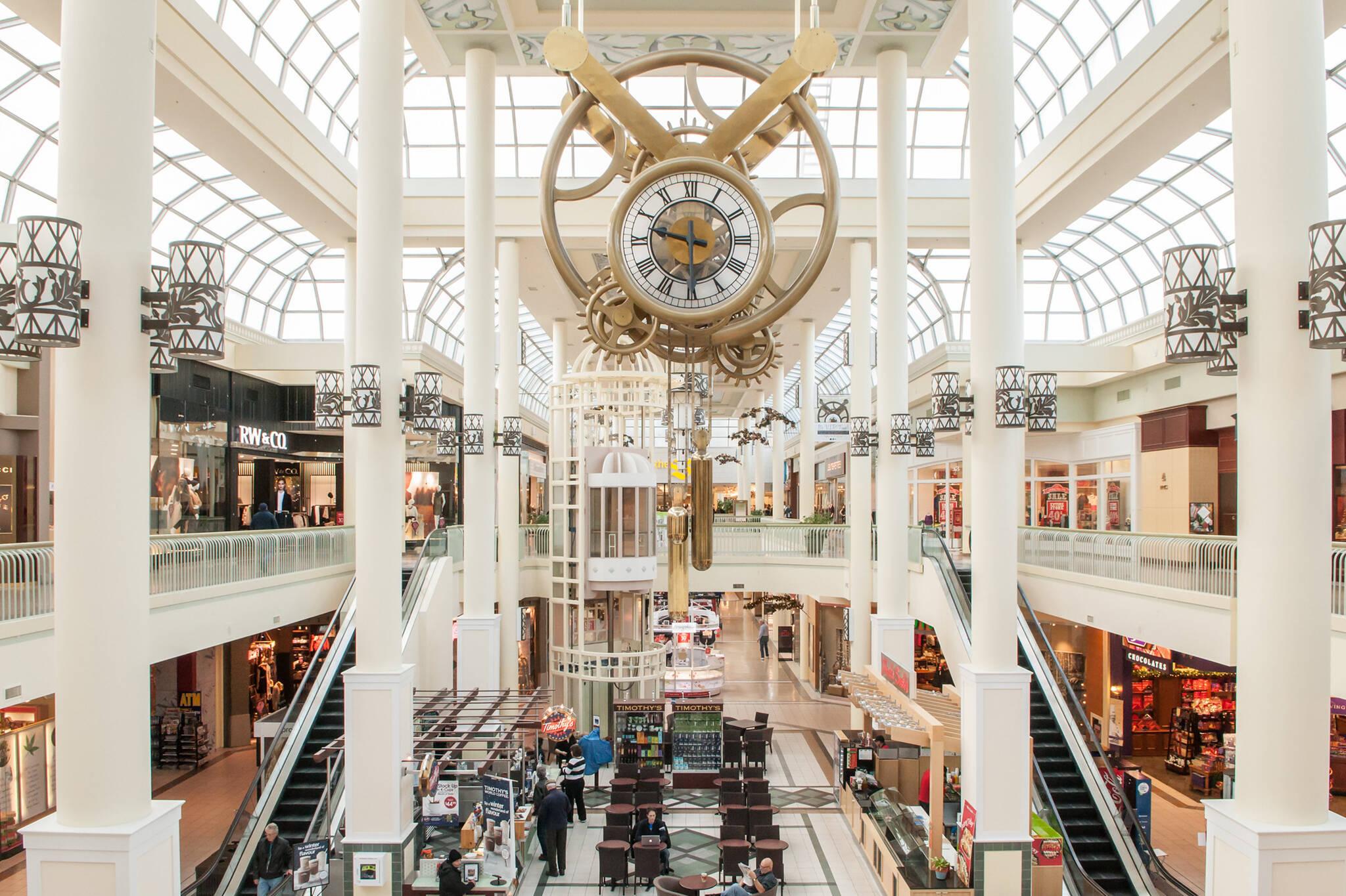 malls open