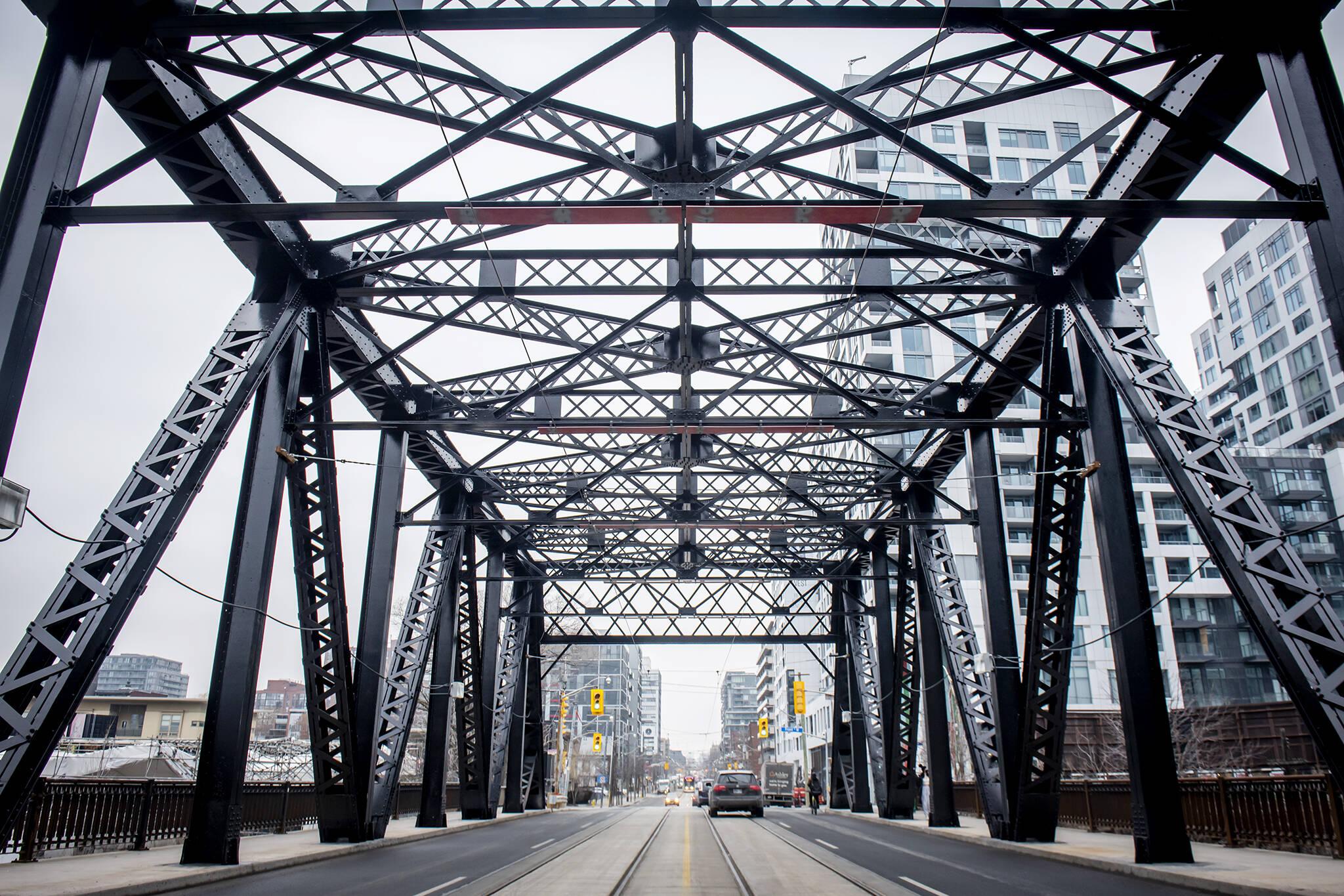 bathurst bridge toronto