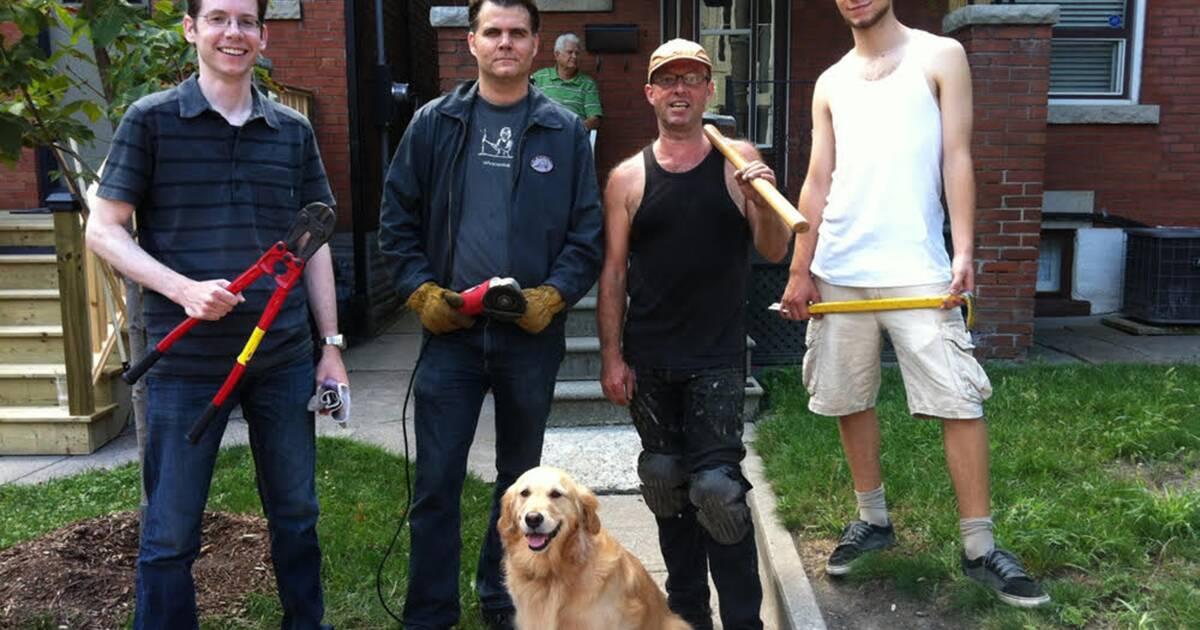 トロントには、庭からフェンスを無料で取り除くボランティアグループがあります