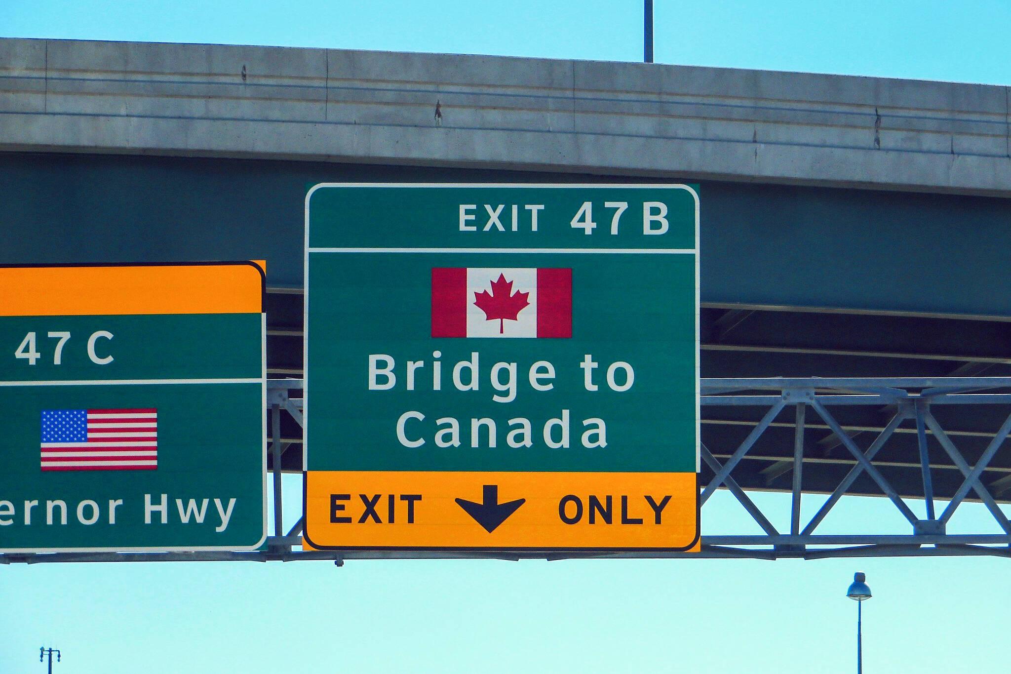 canada border us