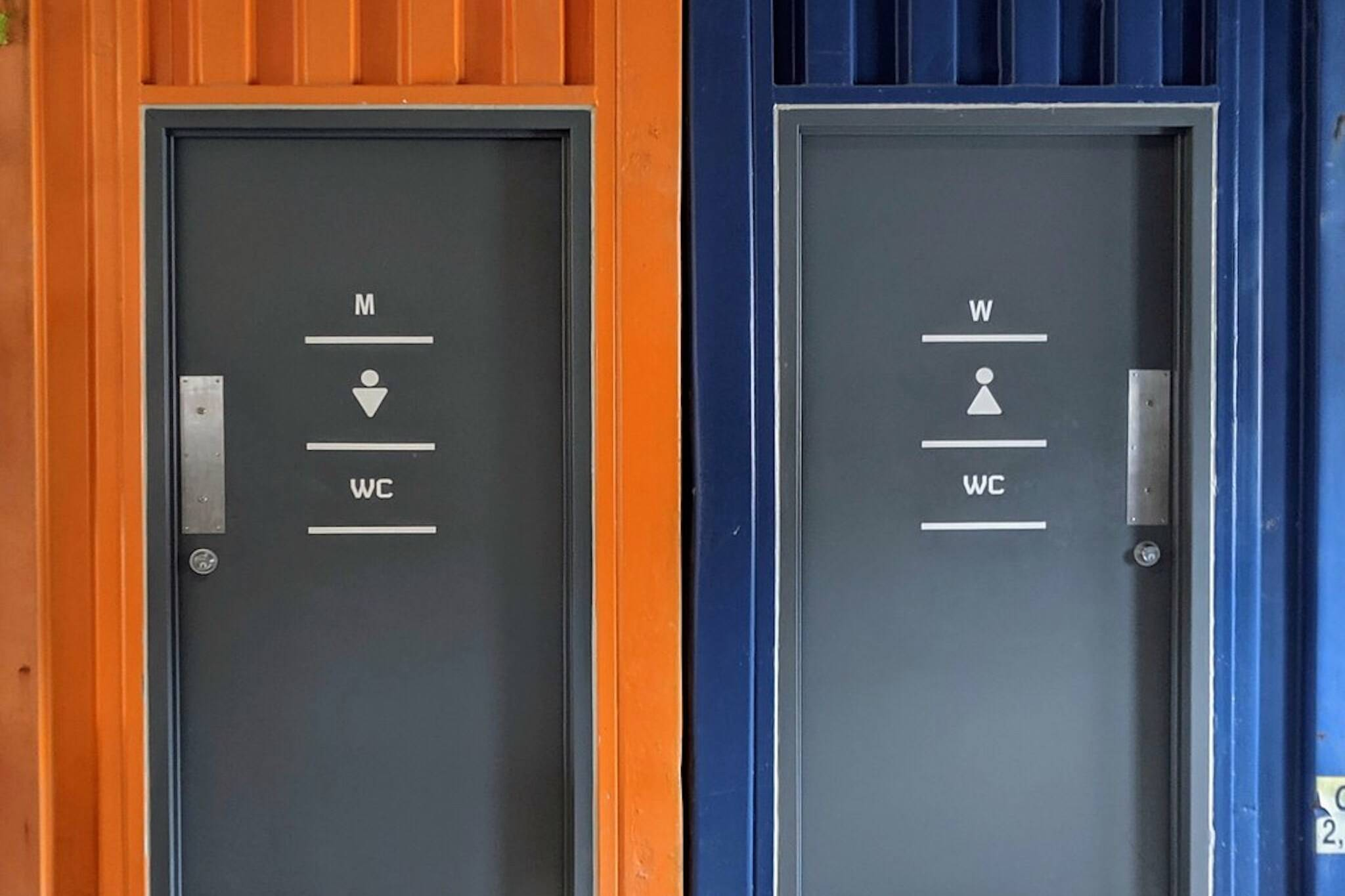 public washrooms toronto