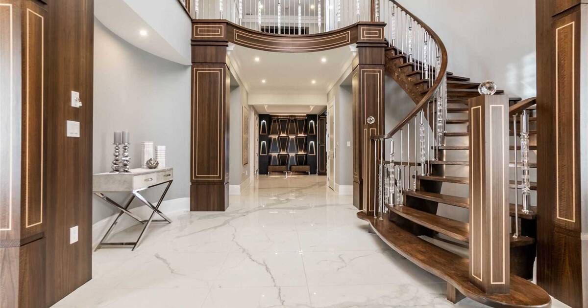 Kyle Lowry finds buyer for his Toronto home as future with Raptors grows uncertain