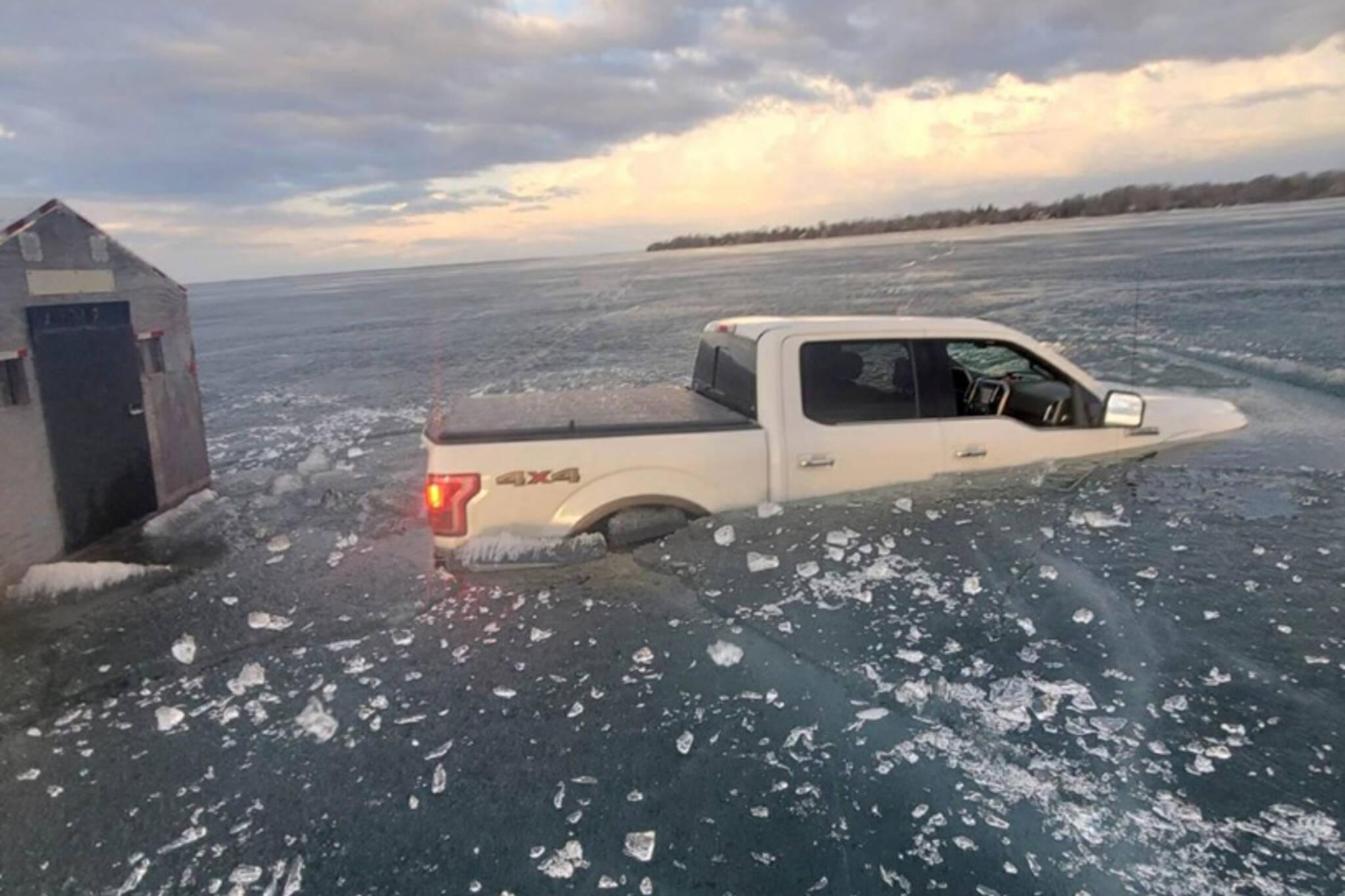 lake simcoe ice