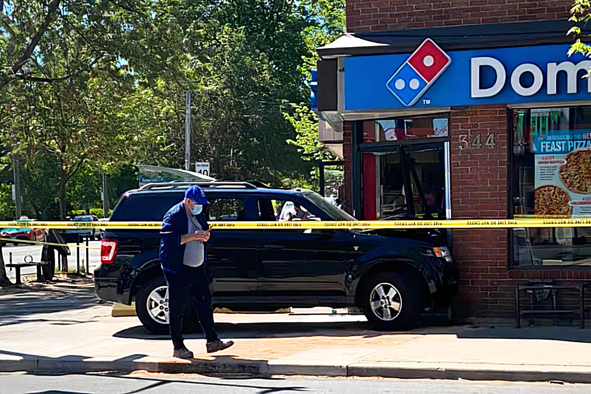dominos pizza crash toronto