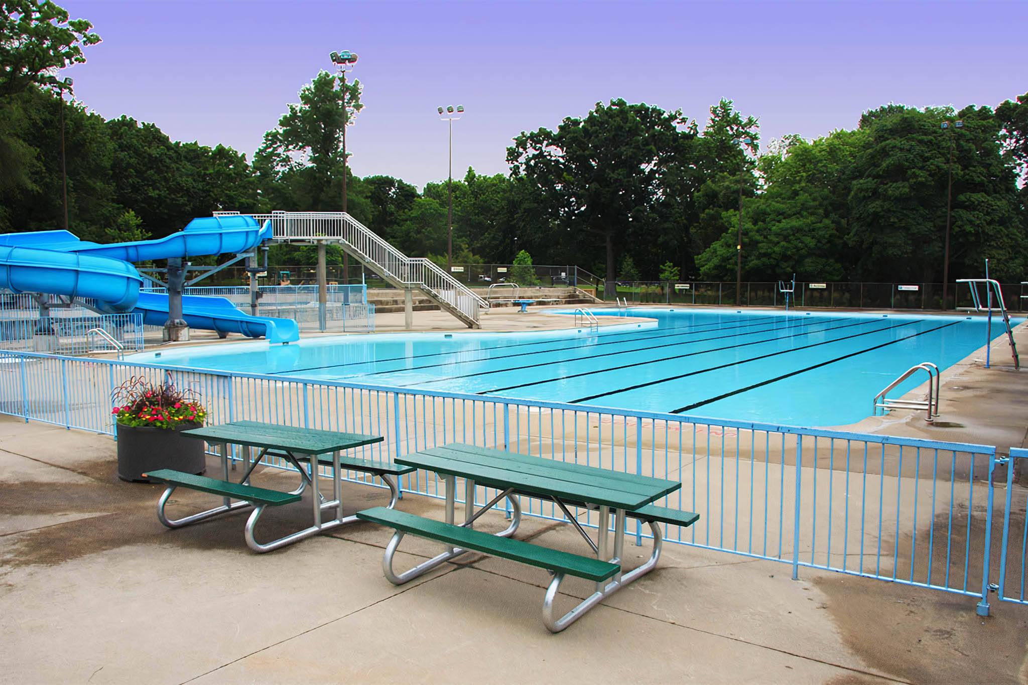 outdoor pools toronto