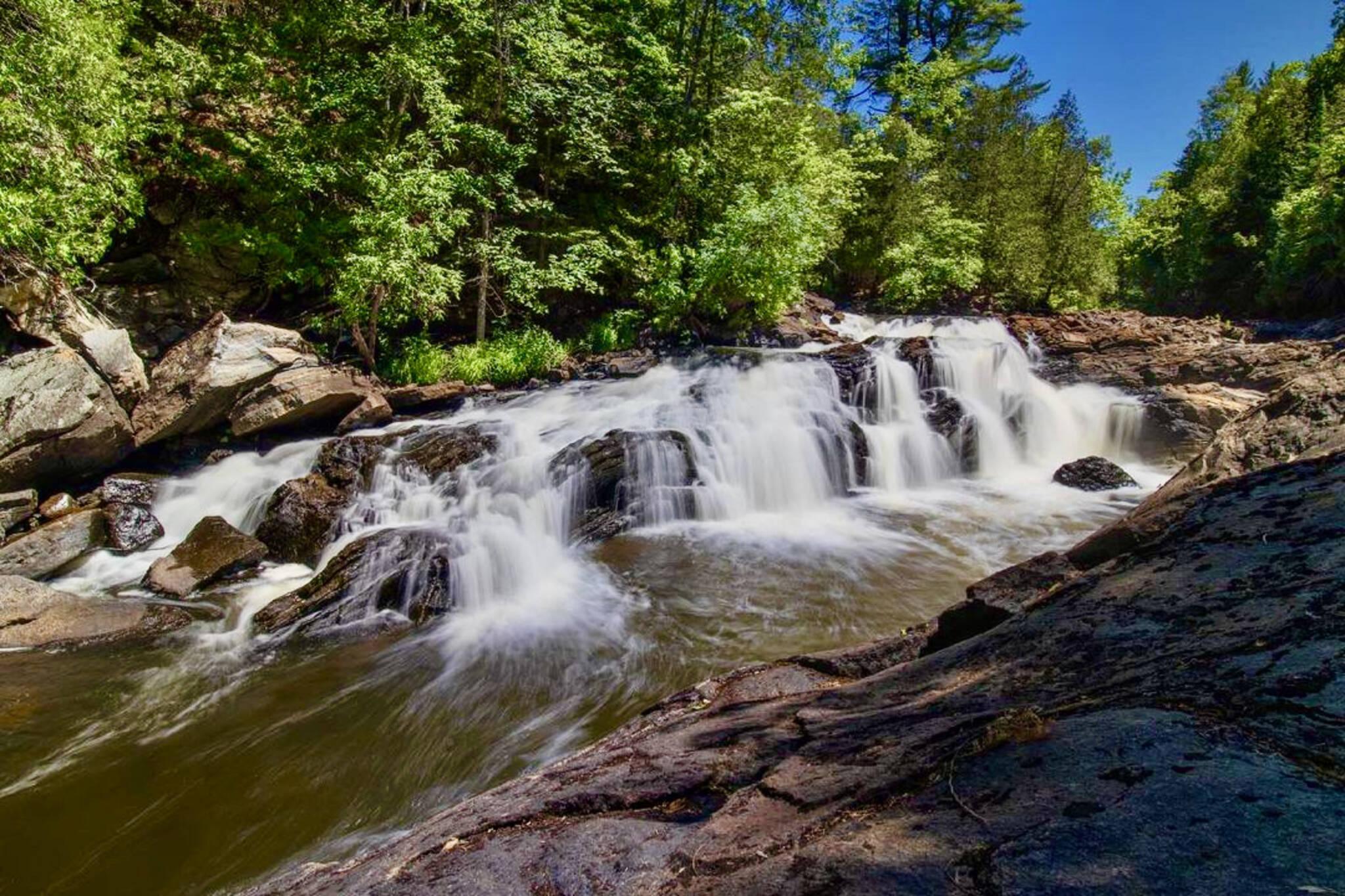 egan chutes provincial park