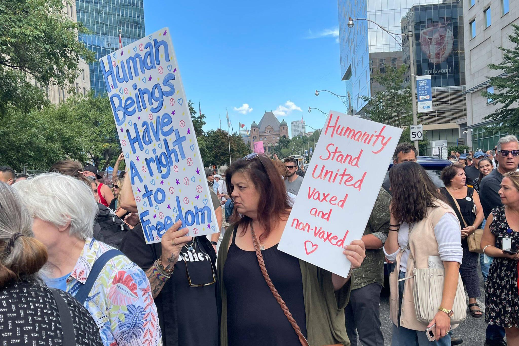 anti vax protest toronto
