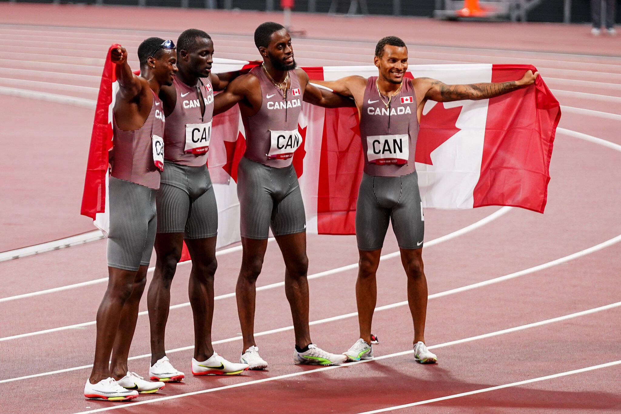 100m relay final
