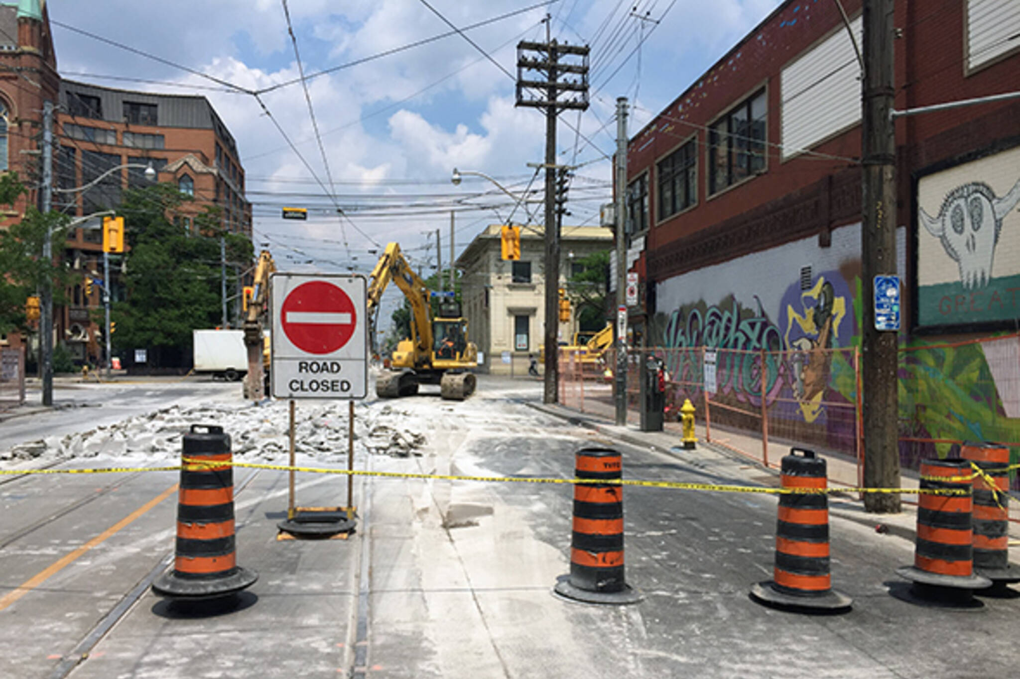 college and bathurst closed